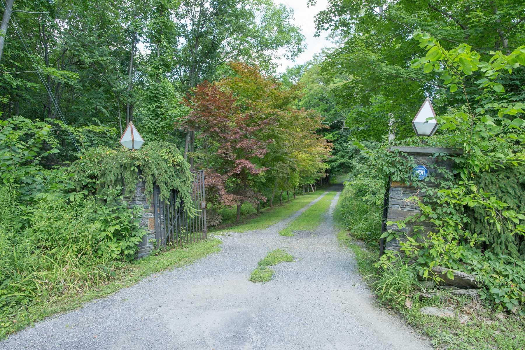 DOWNING RD, La Grange, NY 12569