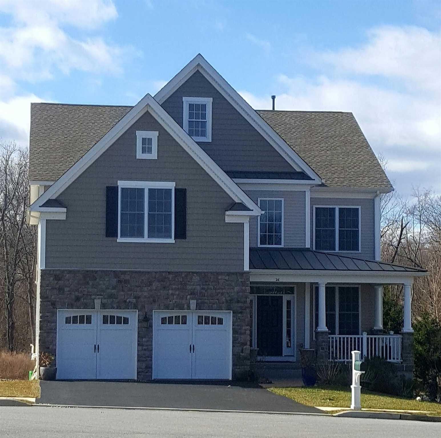Single Family Home for Sale at 26 SASSAFRAS Circle 26 SASSAFRAS Circle East Fishkill, New York 12533 United States