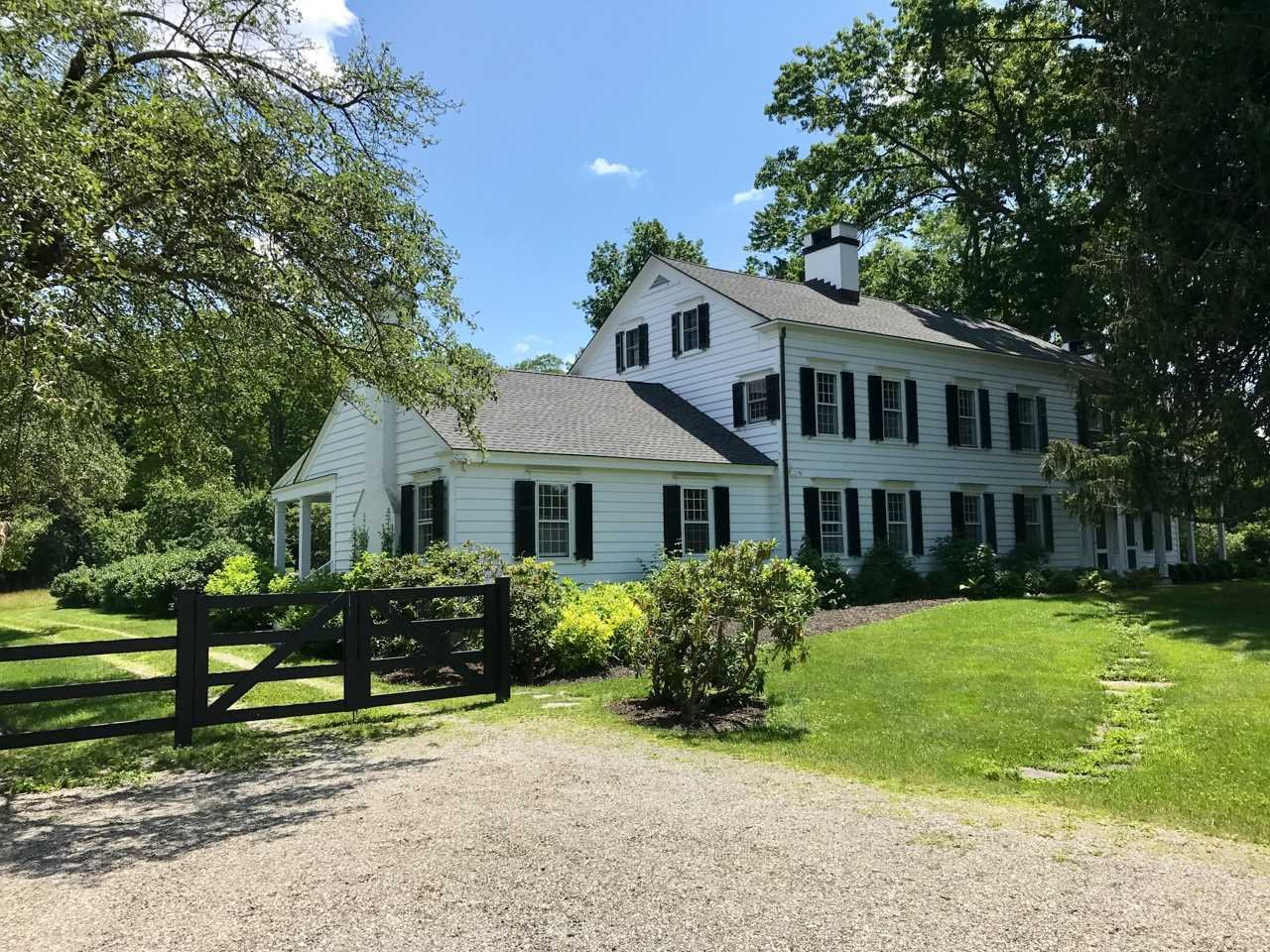 Single Family Home for Sale at 600 CHESTNUT RIDGE ROAD 600 CHESTNUT RIDGE ROAD Dover Plains, New York 12522 United States