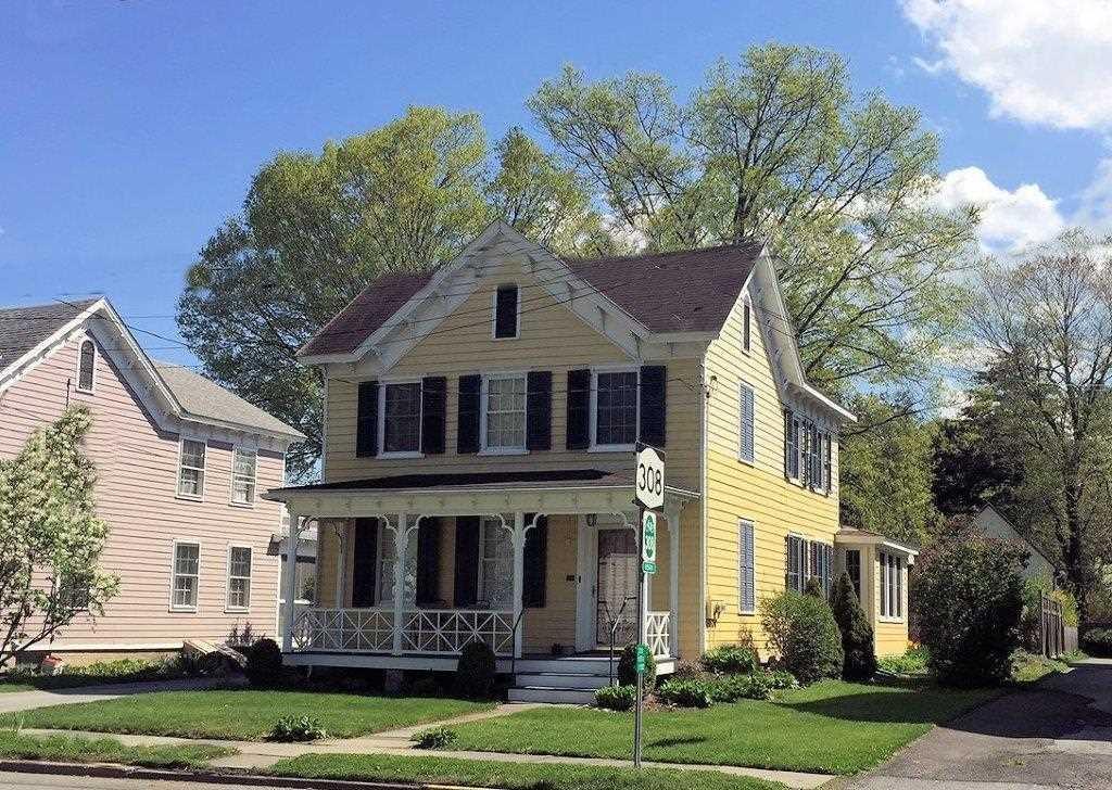 Single Family Home for Sale at 84 E. MARKET 84 E. MARKET Rhinebeck, New York 12572 United States