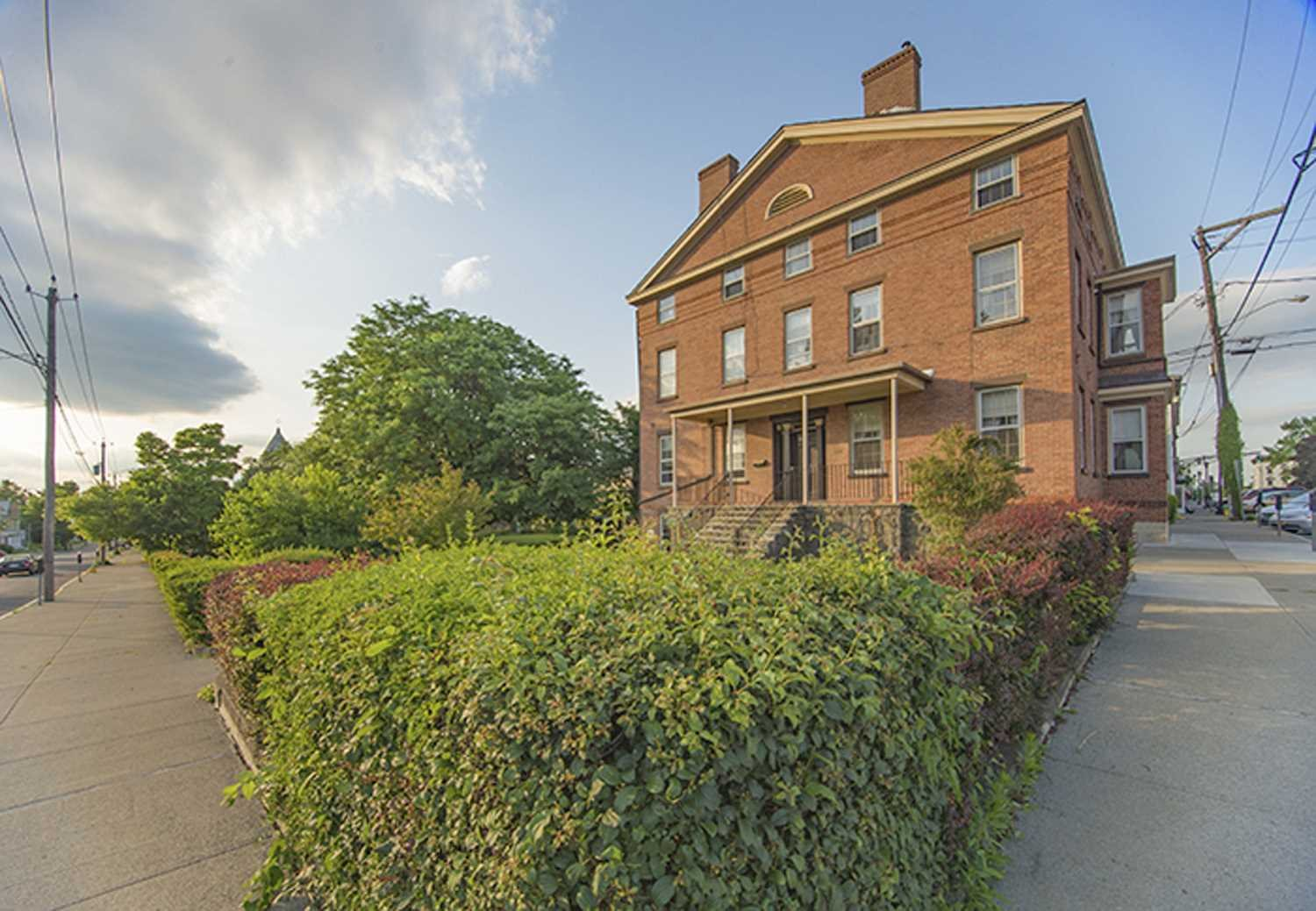 Additional photo for property listing at 620 UNION Street 620 UNION Street Hudson, New York 12534 United States