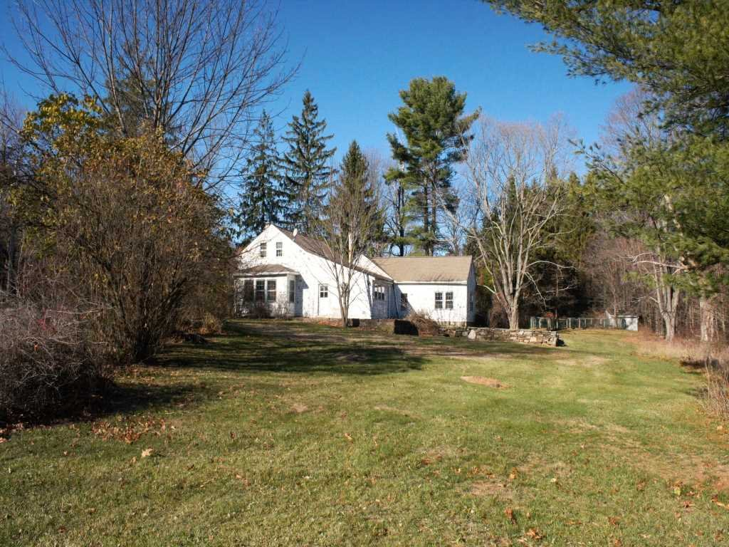 Single Family Home for Sale at 6 BYRDS HILL Road 6 BYRDS HILL Road Pawling, New York 12564 United States