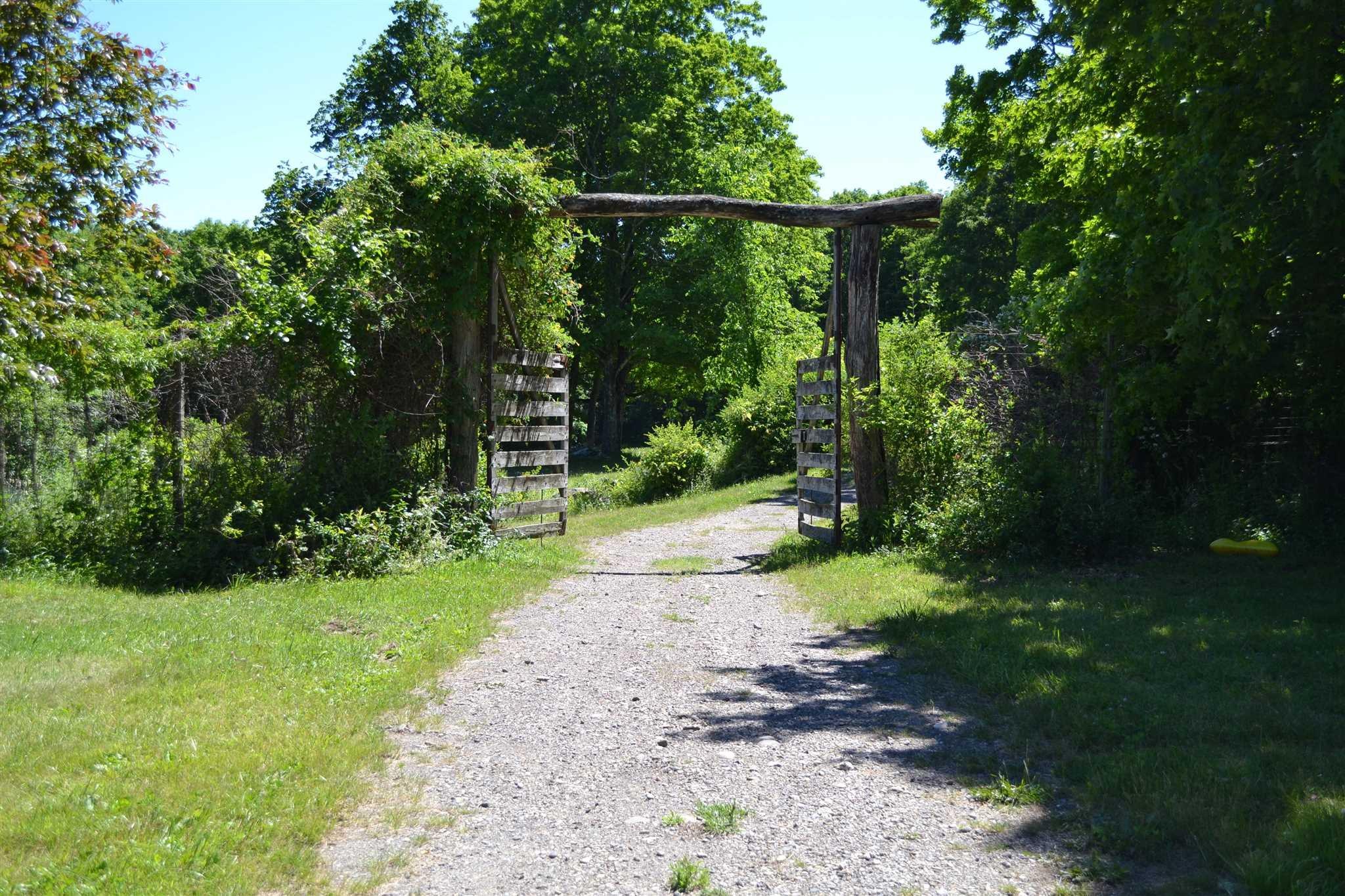Additional photo for property listing at SKIBA SKIBA Gallatin, New York 12567 United States