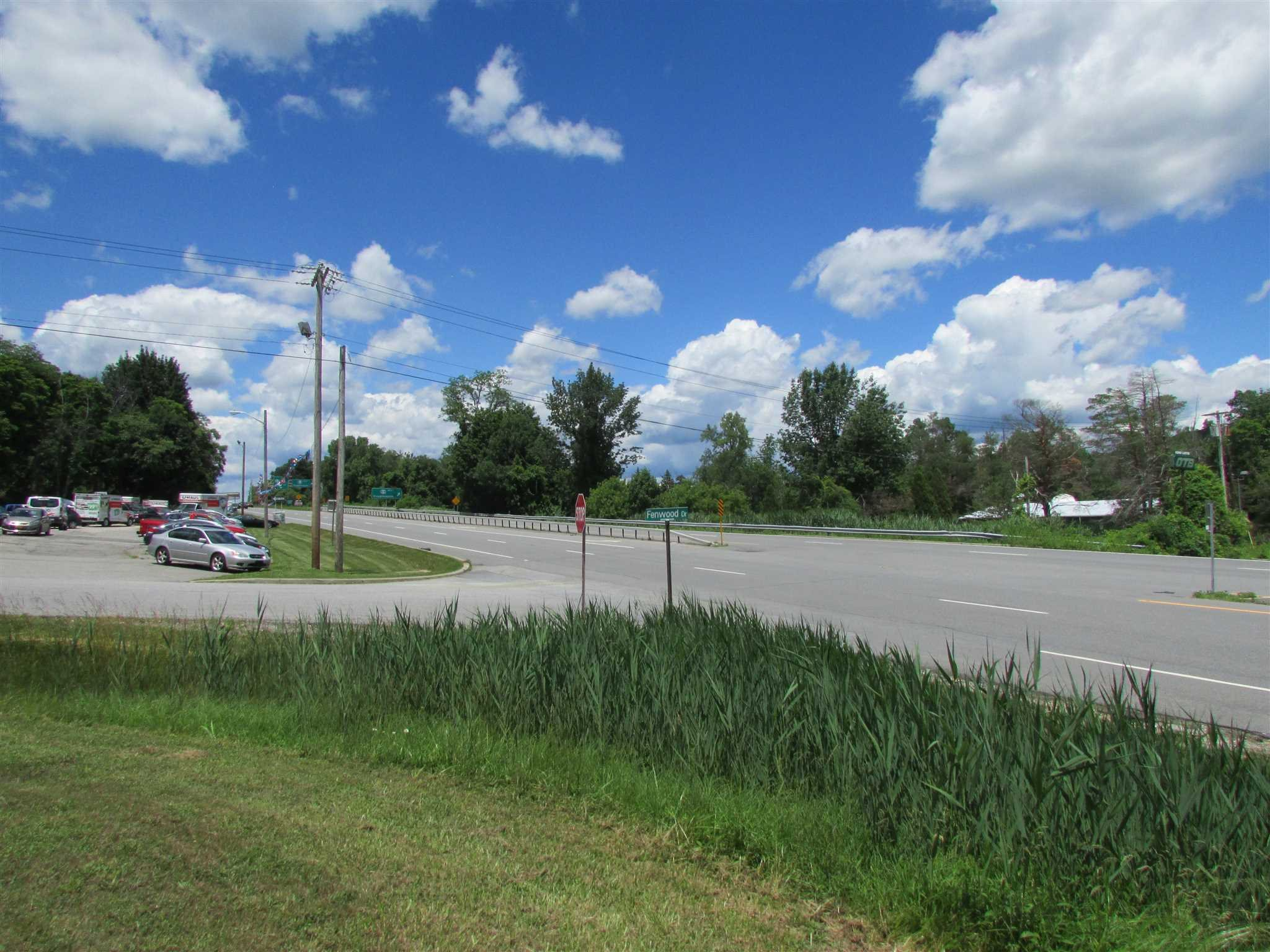 Retail for Sale at 1 FENWOOD Drive 1 FENWOOD Drive Pawling, New York 12564 United States