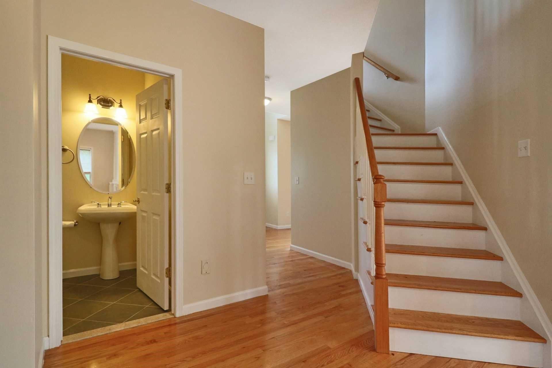 Additional photo for property listing at 4 SUMMIT Drive 4 SUMMIT Drive Marlboro, New York 12542 United States