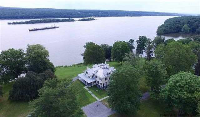 Additional photo for property listing at 14 LAMONT LANDING 14 LAMONT LANDING Esopus, New York 12429 United States