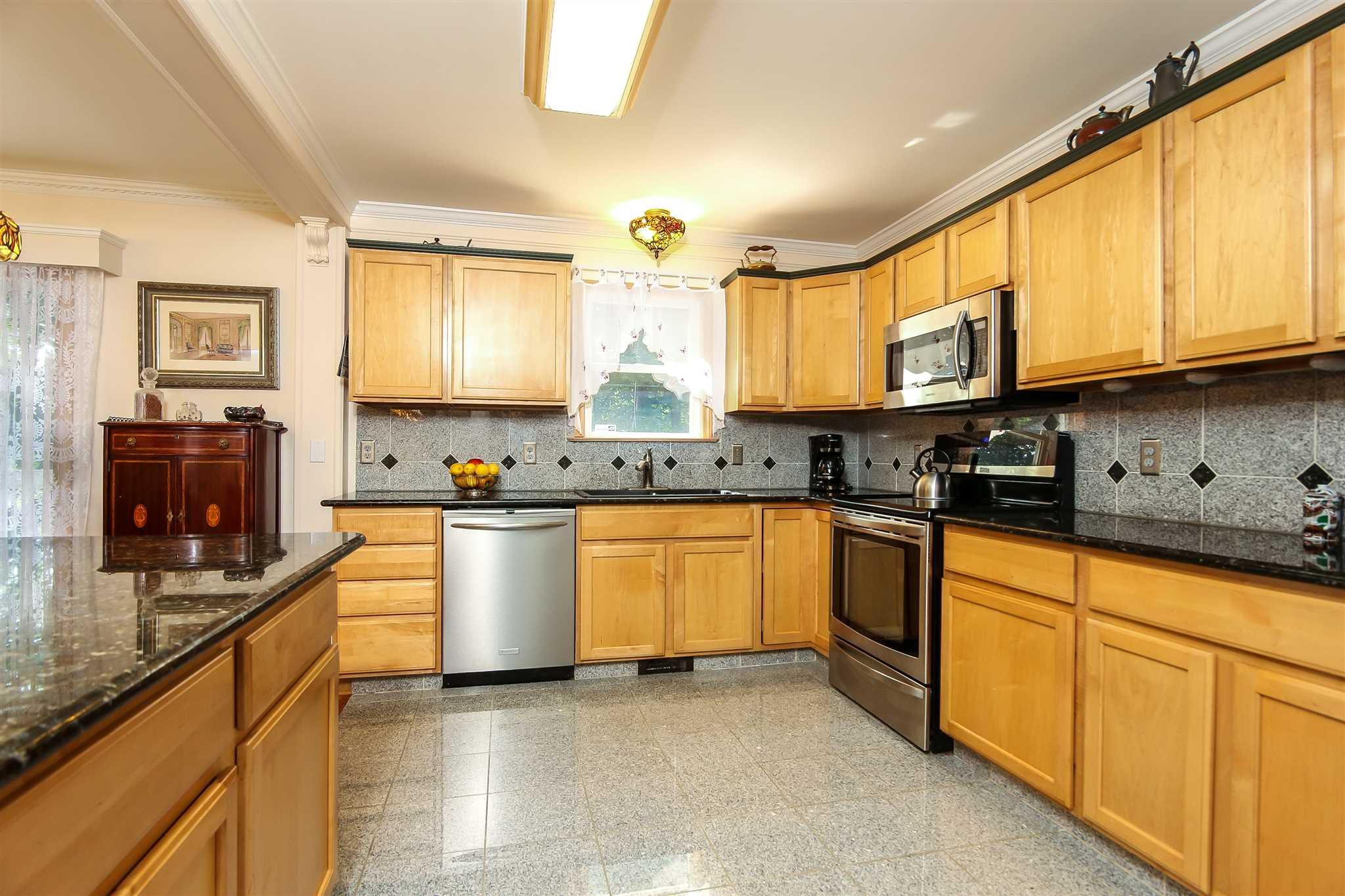 91 SHEROW, Pleasant Valley, NY 12569