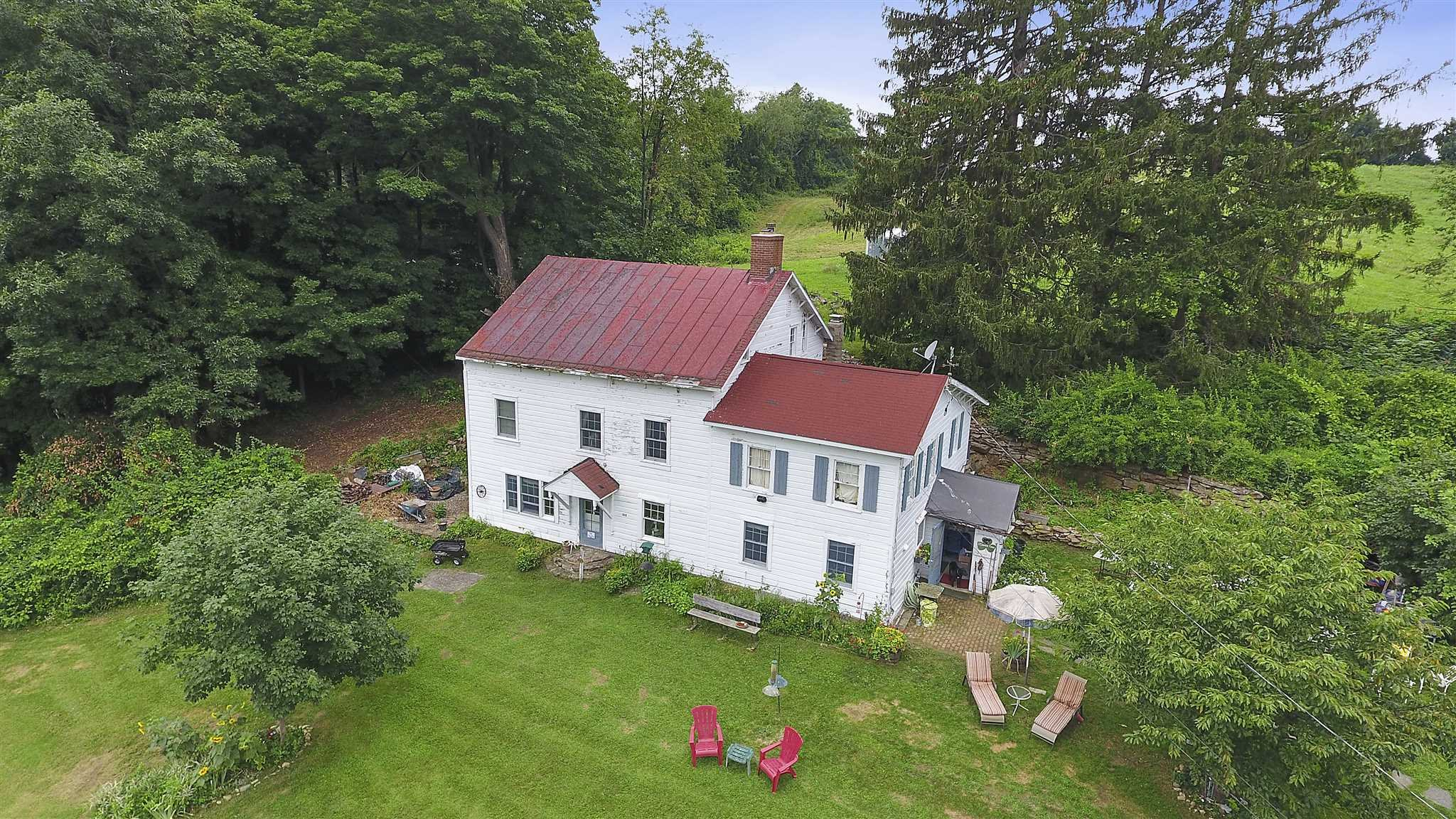 Single Family Home for Sale at 131 FROG HOLLOW Road 131 FROG HOLLOW Road Beekman, New York 12570 United States