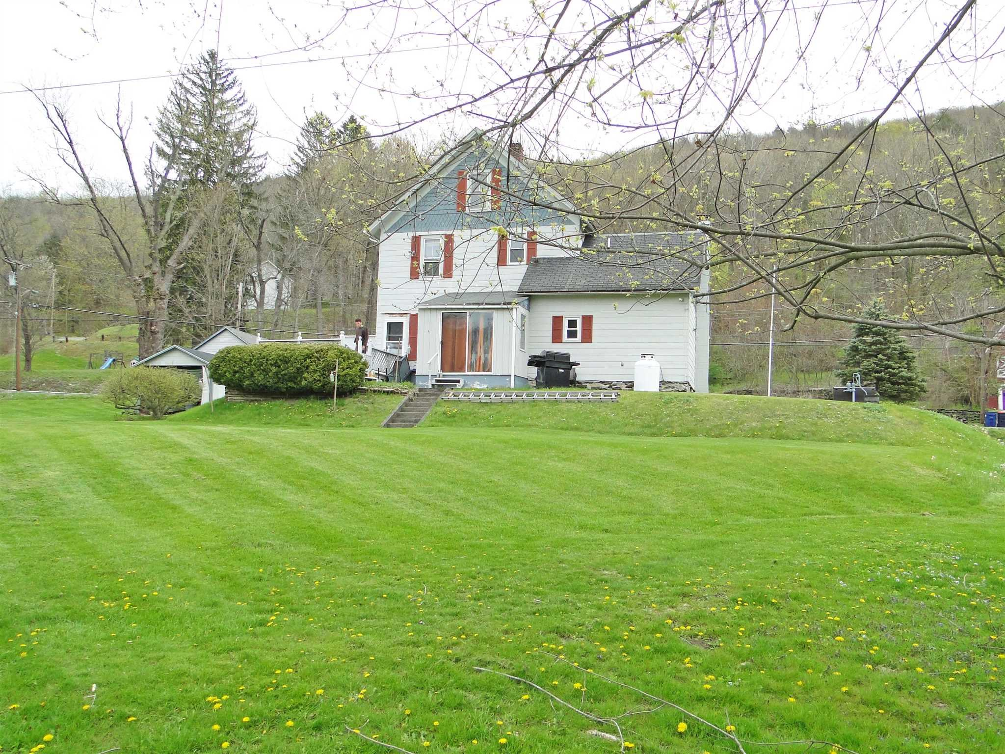 Additional photo for property listing at 303 OLD ROUTE 22 303 OLD ROUTE 22 Amenia, New York 12592 United States