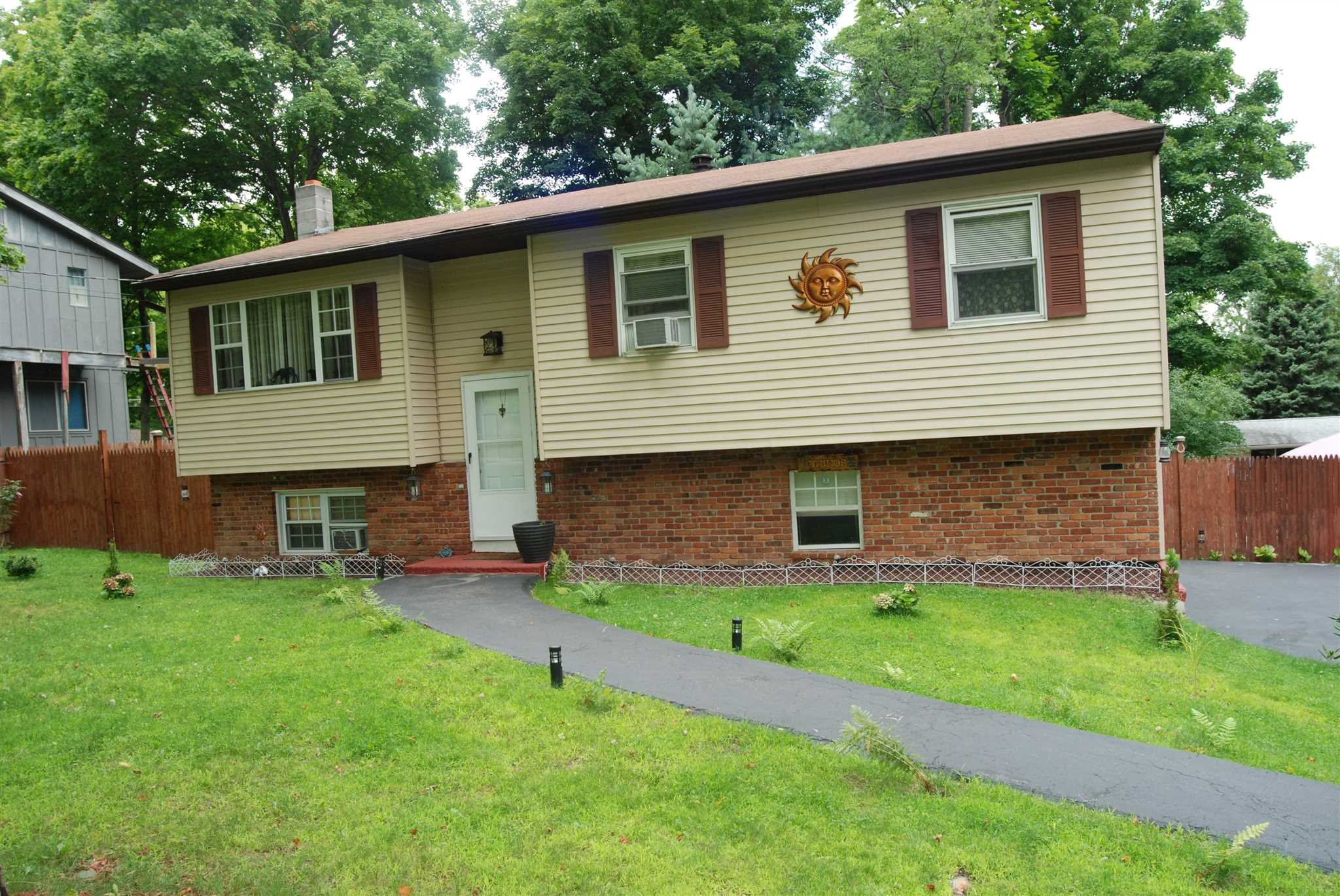 Single Family Home for Sale at 15 WILLOW Road 15 WILLOW Road Fishkill, New York 12508 United States