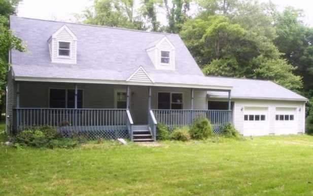 Single Family Home for Sale at 605 BEEKMAN Road 605 BEEKMAN Road East Fishkill, New York 12533 United States