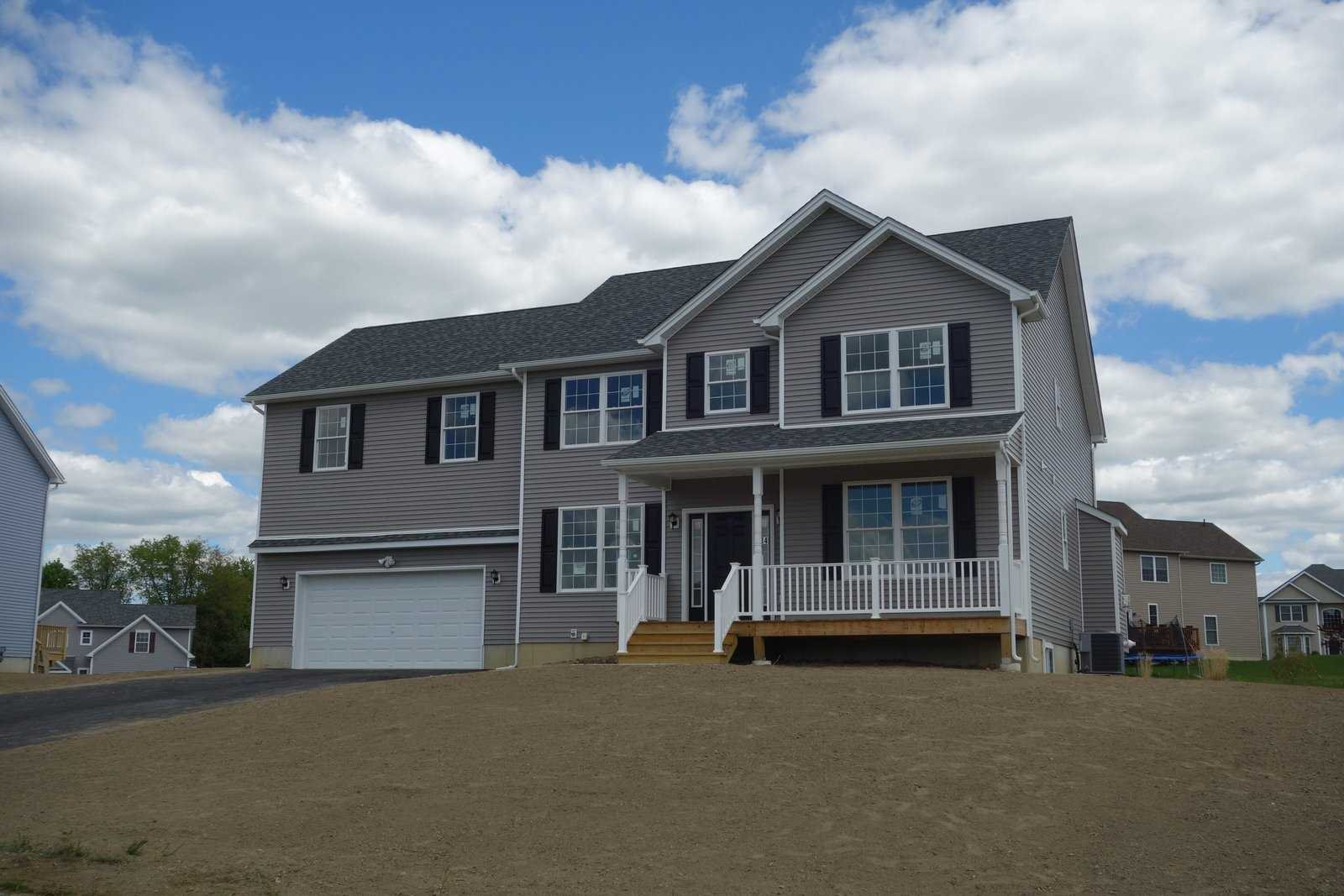 Single Family Home for Sale at 148 STRATFORD LOT 7 Drive 148 STRATFORD LOT 7 Drive Poughkeepsie, New York 12603 United States