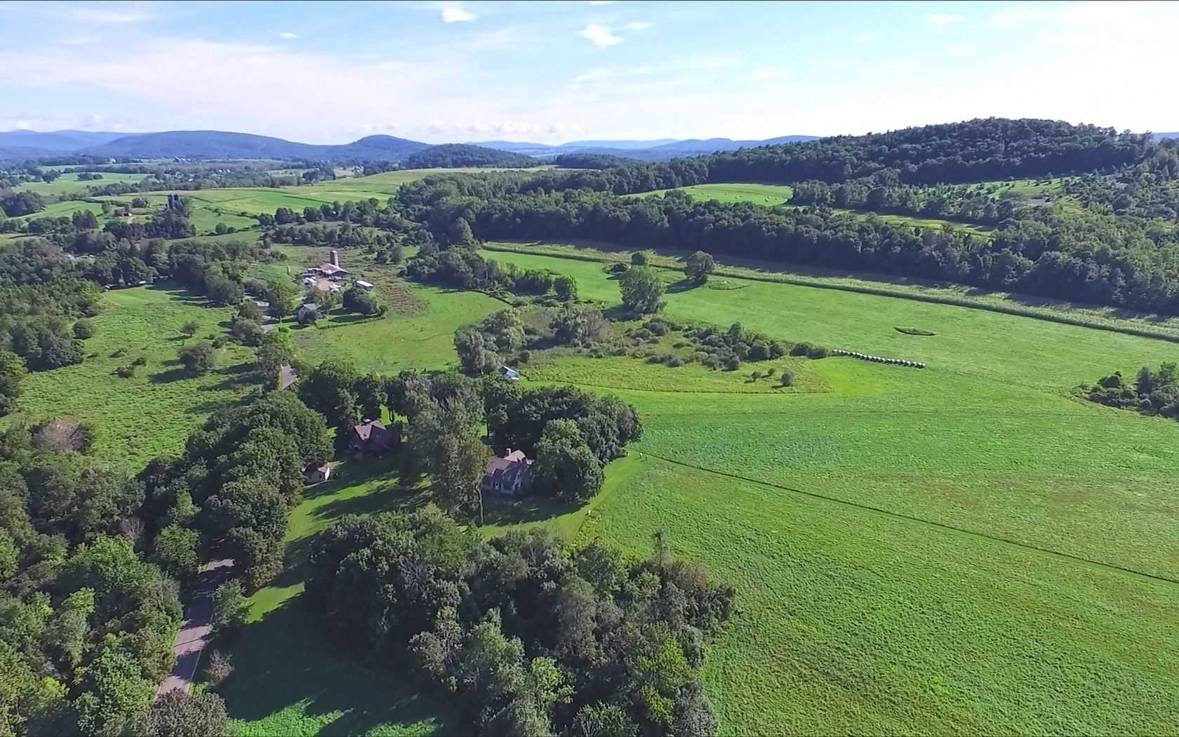 Single Family Home for Sale at 54 SHARON STATION Road 54 SHARON STATION Road Amenia, New York 12501 United States