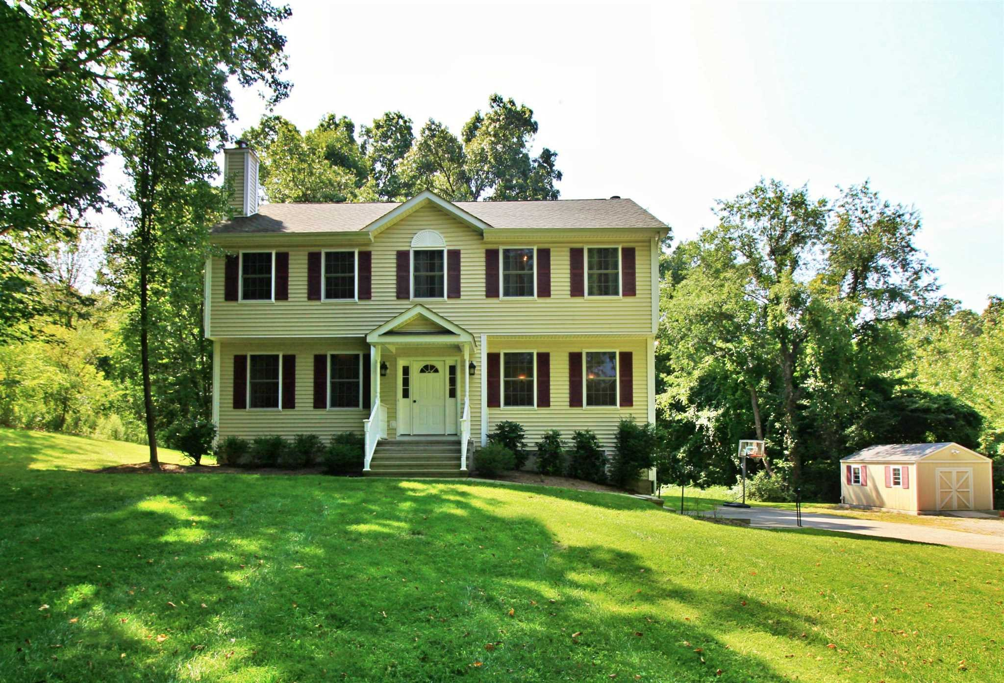 Single Family Home for Sale at 152 EAST DUNCAN HILL ROAD 152 EAST DUNCAN HILL ROAD Dover Plains, New York 12522 United States