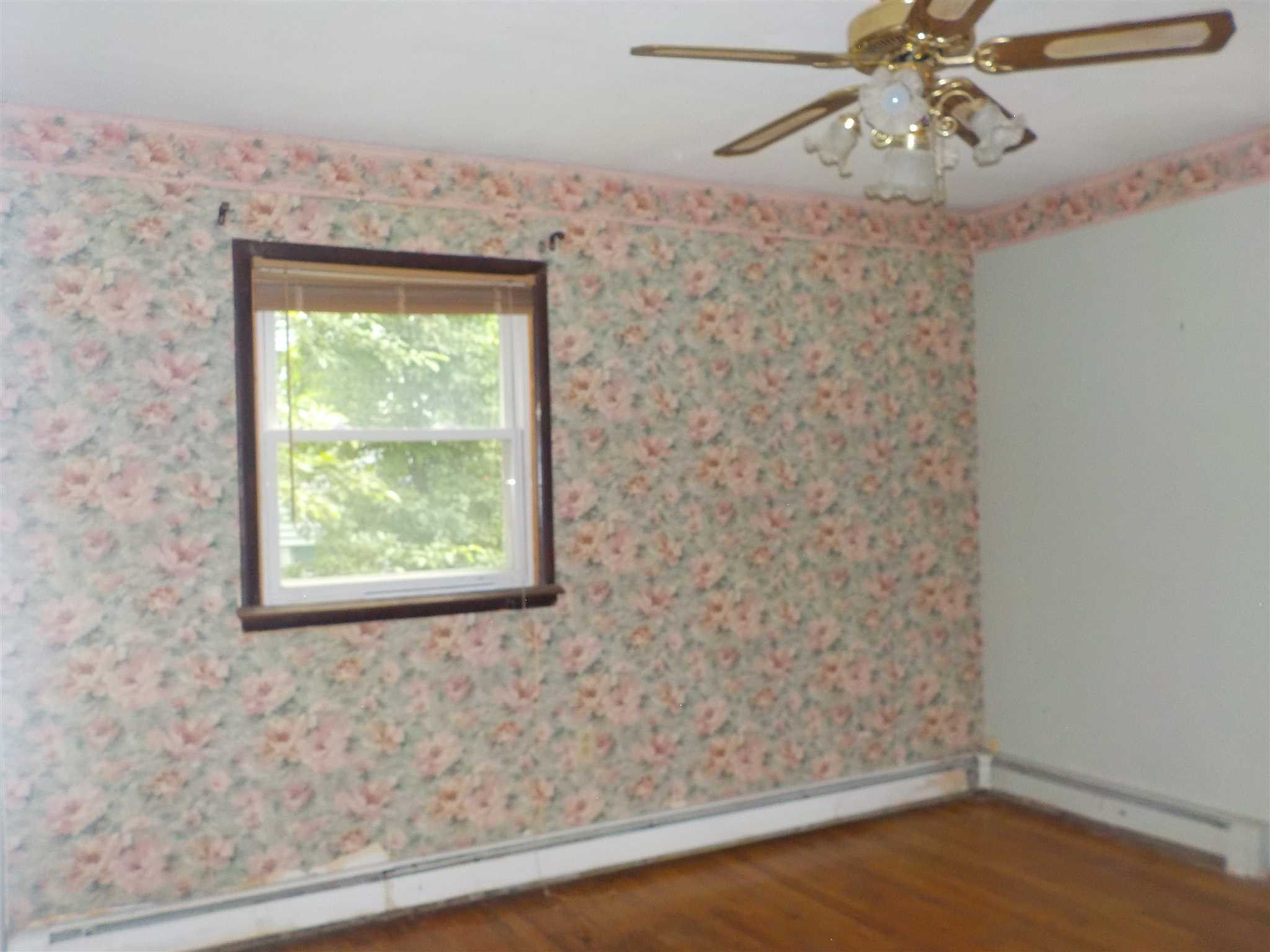 Additional photo for property listing at 7 W. DOGWOOD DRIVE 7 W. DOGWOOD DRIVE Poughkeepsie, New York 12601 United States