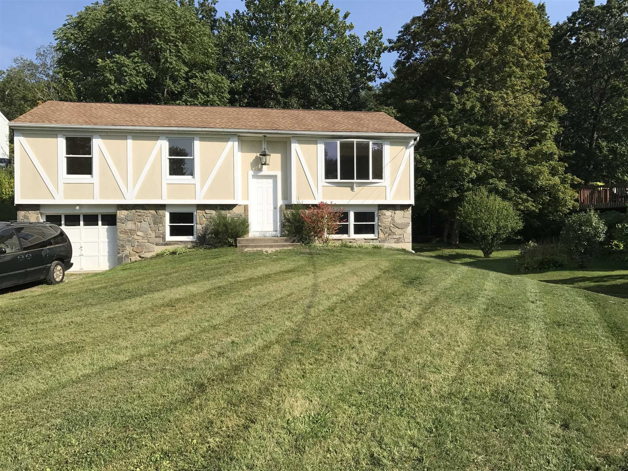 Single Family Home for Sale at 12 HYDE PARK Drive 12 HYDE PARK Drive Hyde Park, New York 12538 United States