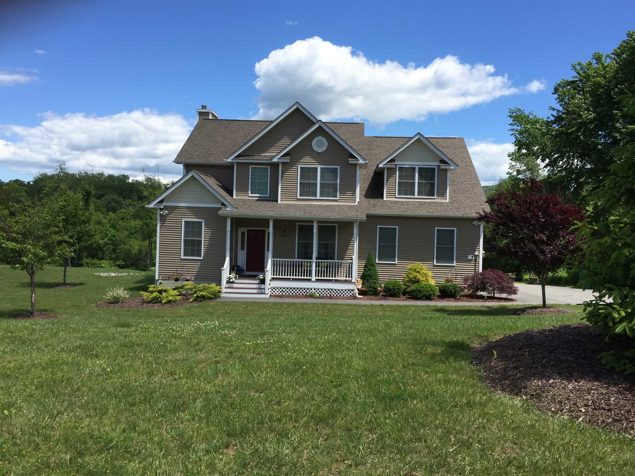 Single Family Home for Sale at 6 TWIN PONDS Court 6 TWIN PONDS Court East Fishkill, New York 12582 United States