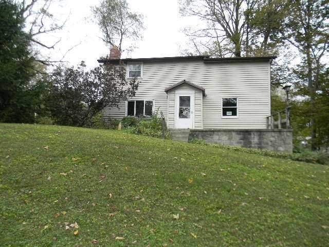 Single Family Home for Sale at 26 CLINTON HTS 26 CLINTON HTS Pleasant Valley, New York 12578 United States
