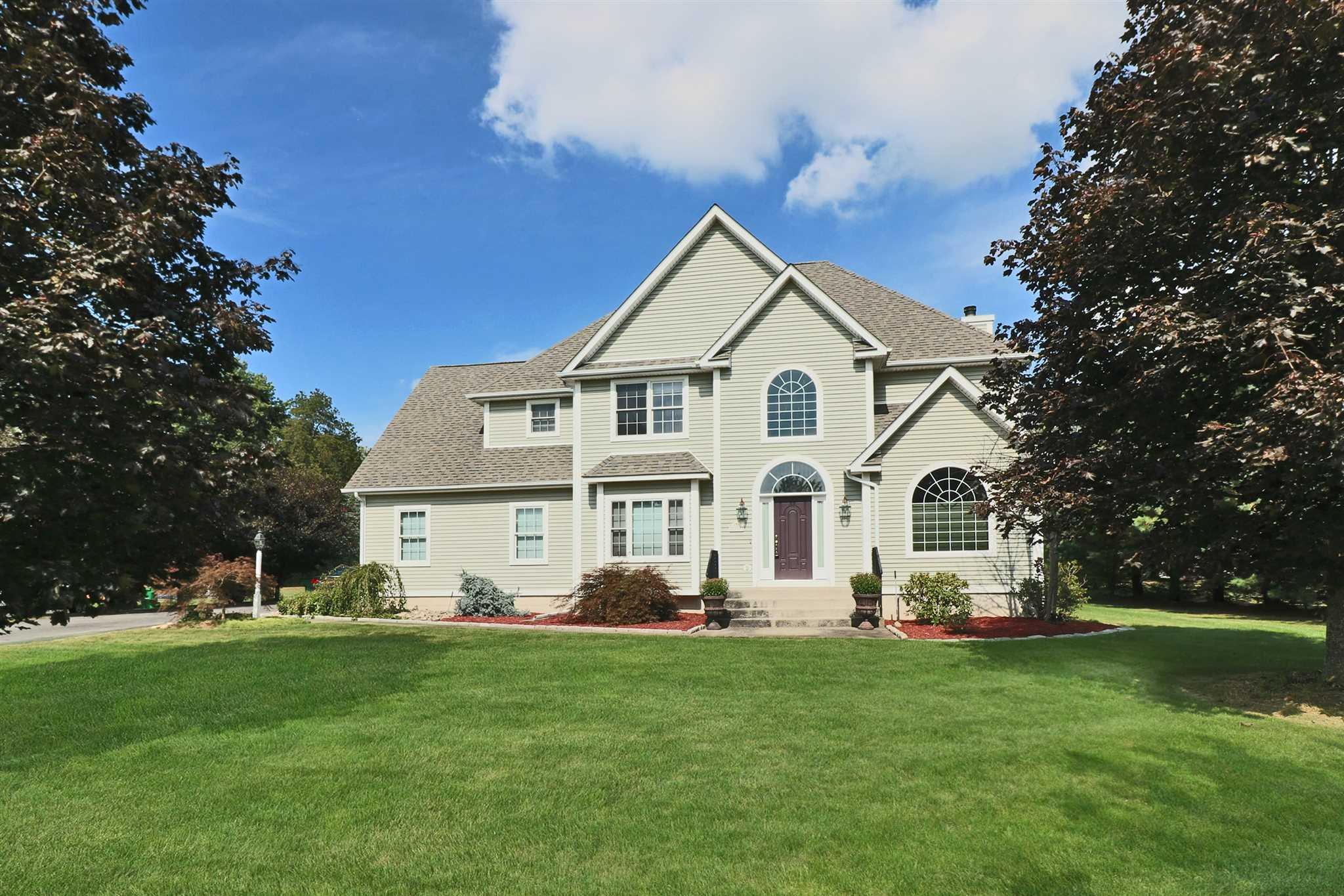 Single Family Home for Sale at 55 GUINNESS 55 GUINNESS East Fishkill, New York 12533 United States