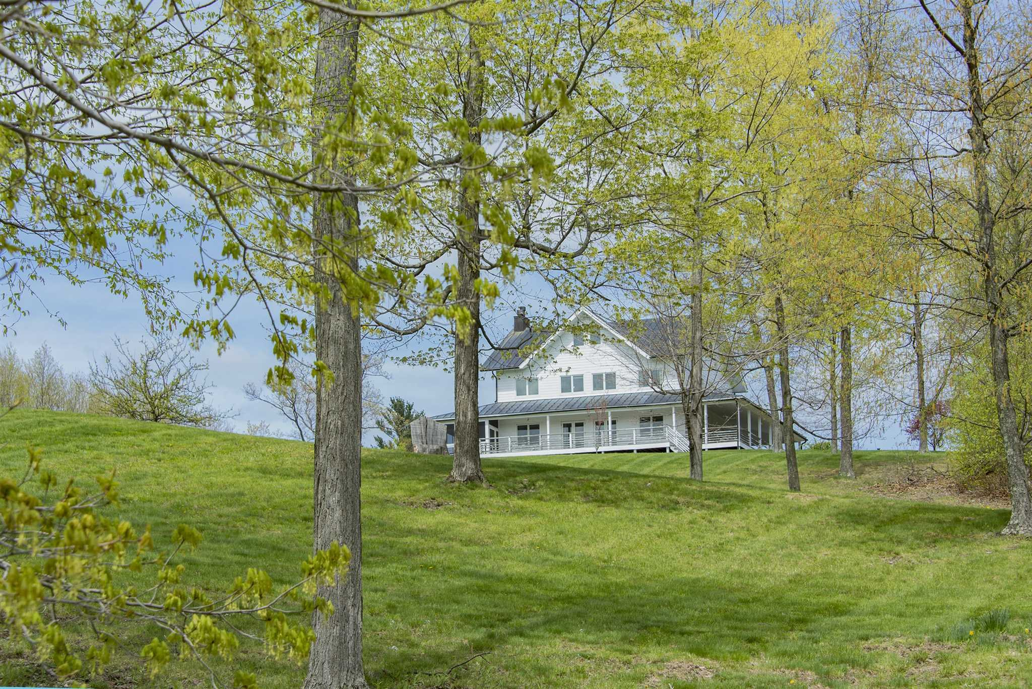 Single Family Home for Sale at 663 WOLFF HILL ROAD 663 WOLFF HILL ROAD Hillsdale, New York 12529 United States