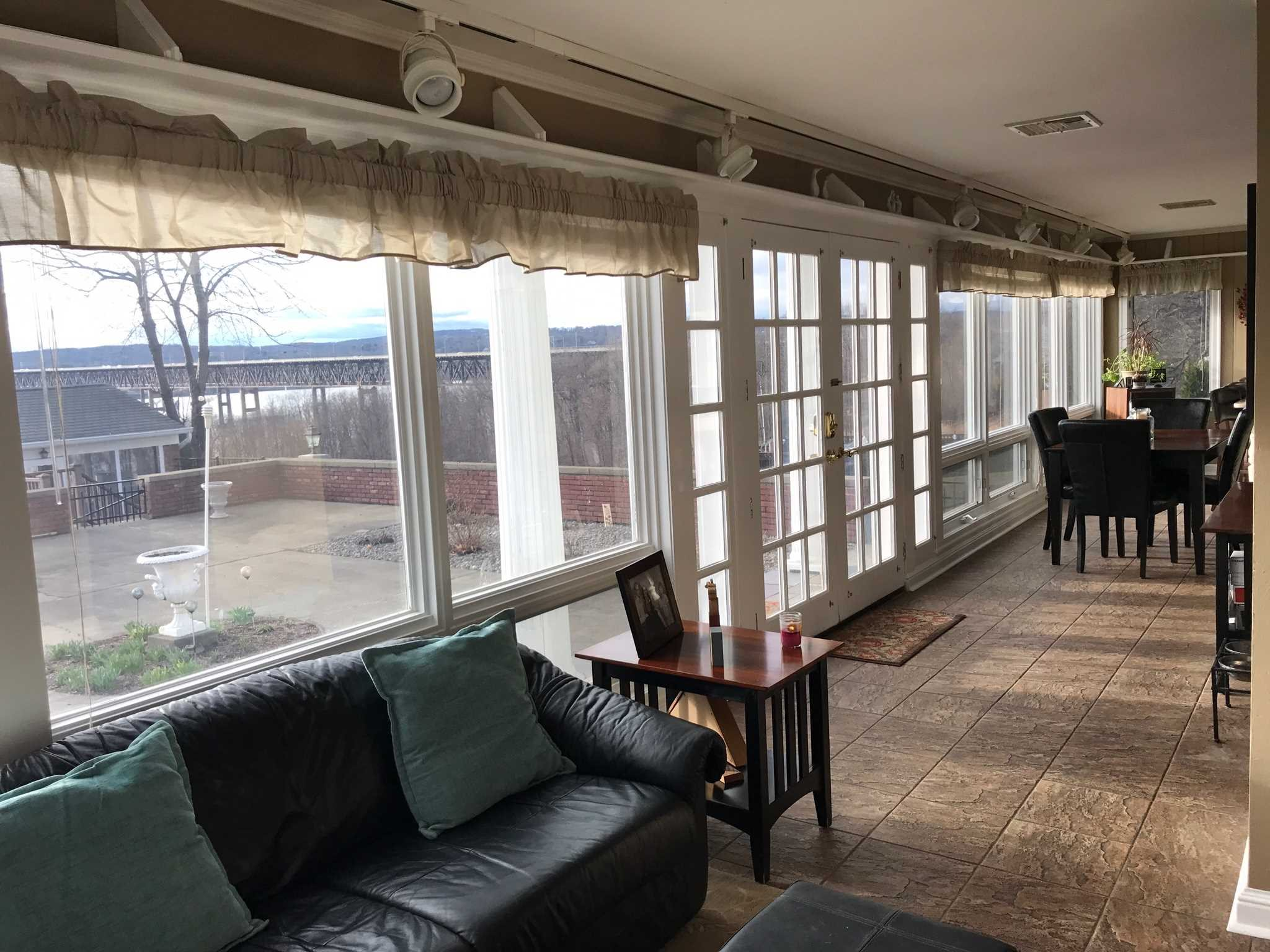 Additional photo for property listing at 32 MONELL Place 32 MONELL Place Beacon, New York 12508 United States