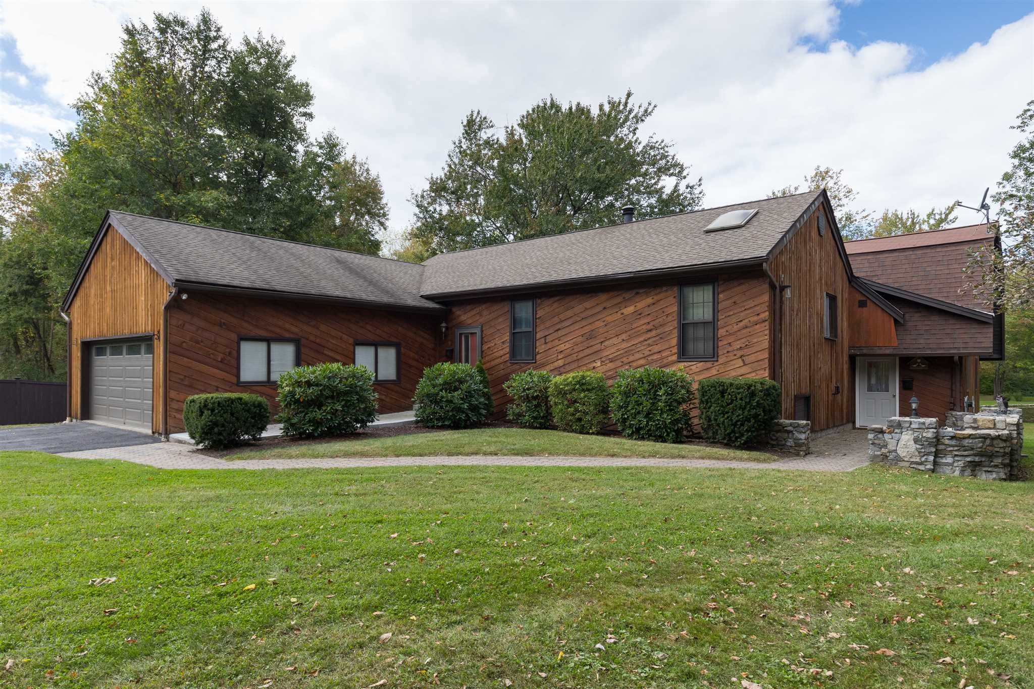 Single Family Home for Sale at 15 COLLARBARK Road 15 COLLARBARK Road East Fishkill, New York 12533 United States