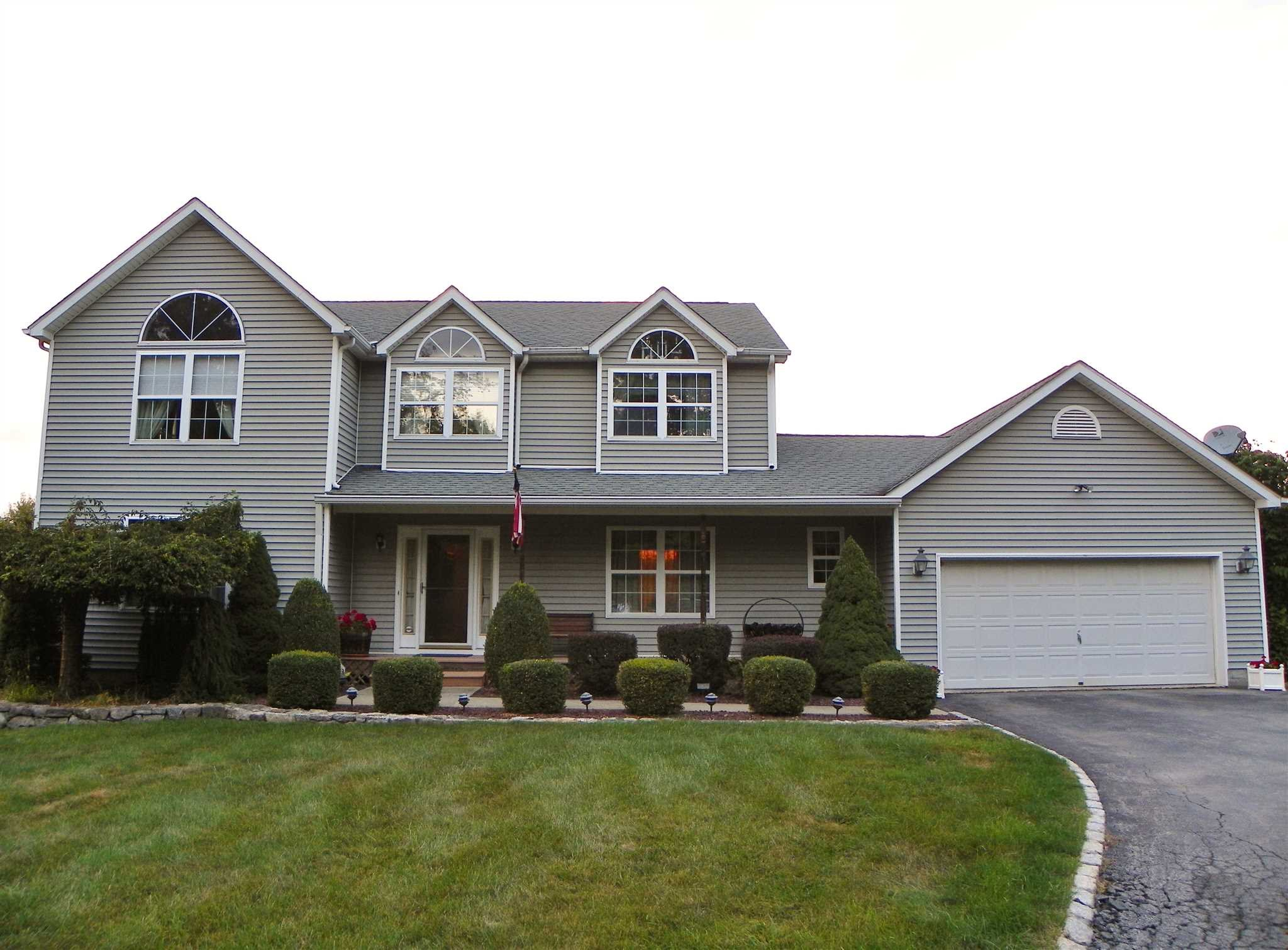 Single Family Home for Sale at 229 STORMVILLE MOUNTAIN Road 229 STORMVILLE MOUNTAIN Road East Fishkill, New York 12582 United States