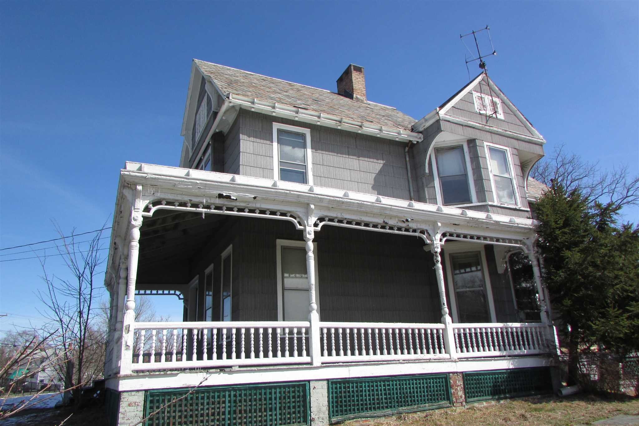 Single Family Home for Sale at 1198 NORTH Avenue 1198 NORTH Avenue Beacon, New York 12508 United States