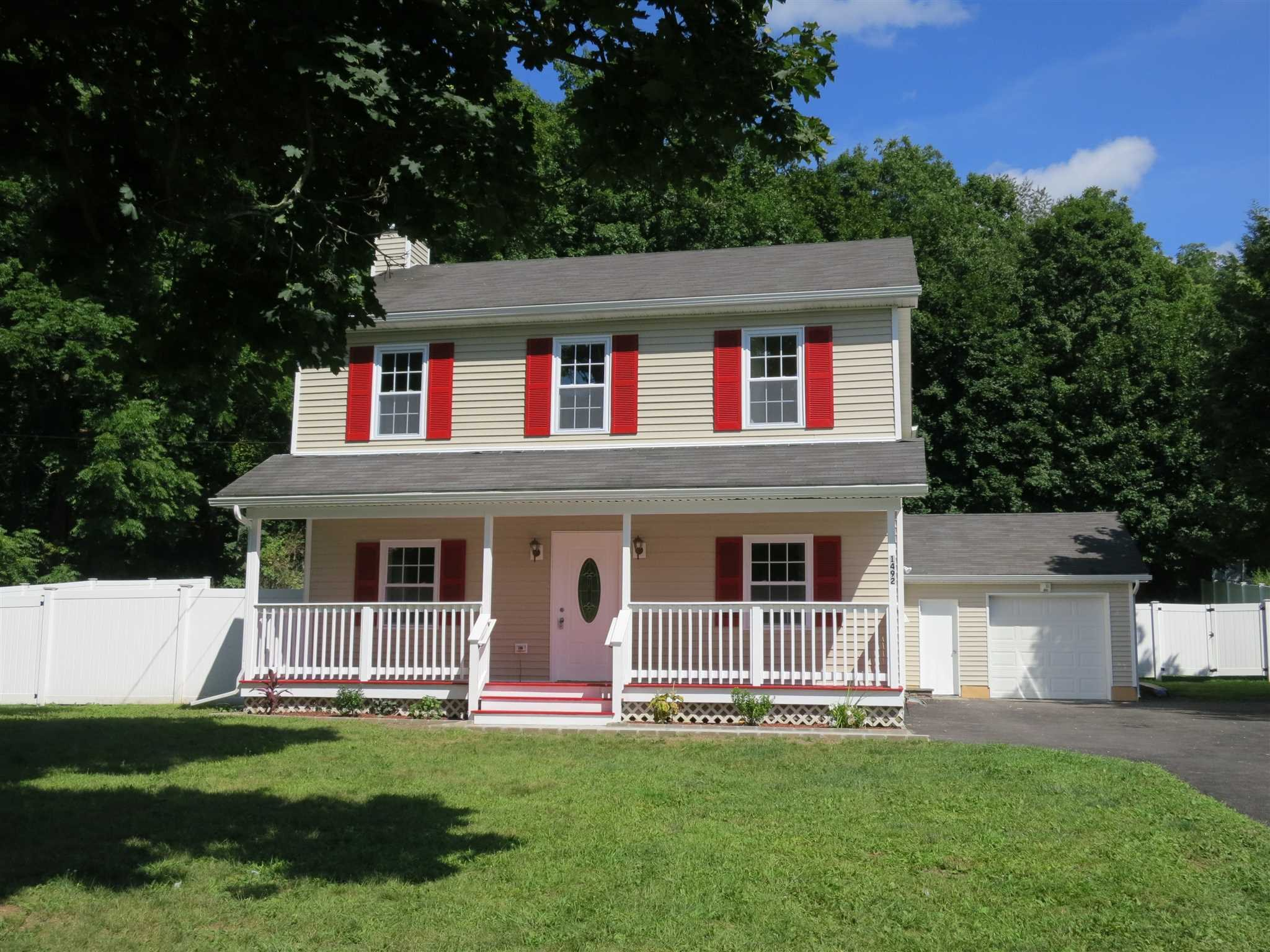 Single Family Home for Sale at 1492 ROUTE 82 1492 ROUTE 82 East Fishkill, New York 12533 United States