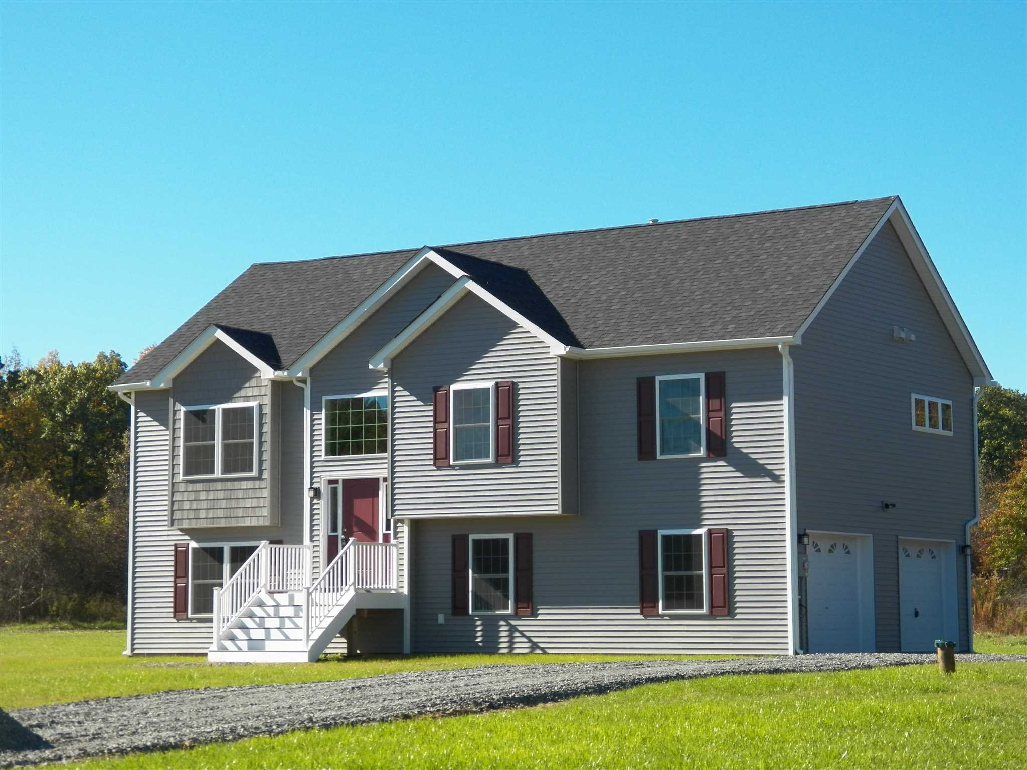 Single Family Home for Sale at 6 FALCON Drive 6 FALCON Drive Highland, New York 12528 United States
