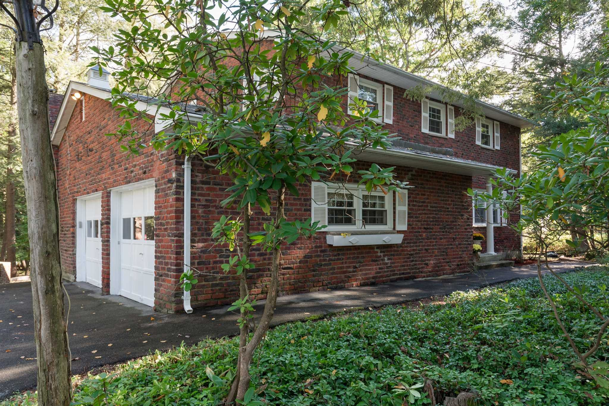 Single Family Home for Sale at 29 VICTOR Lane 29 VICTOR Lane Poughkeepsie, New York 12601 United States