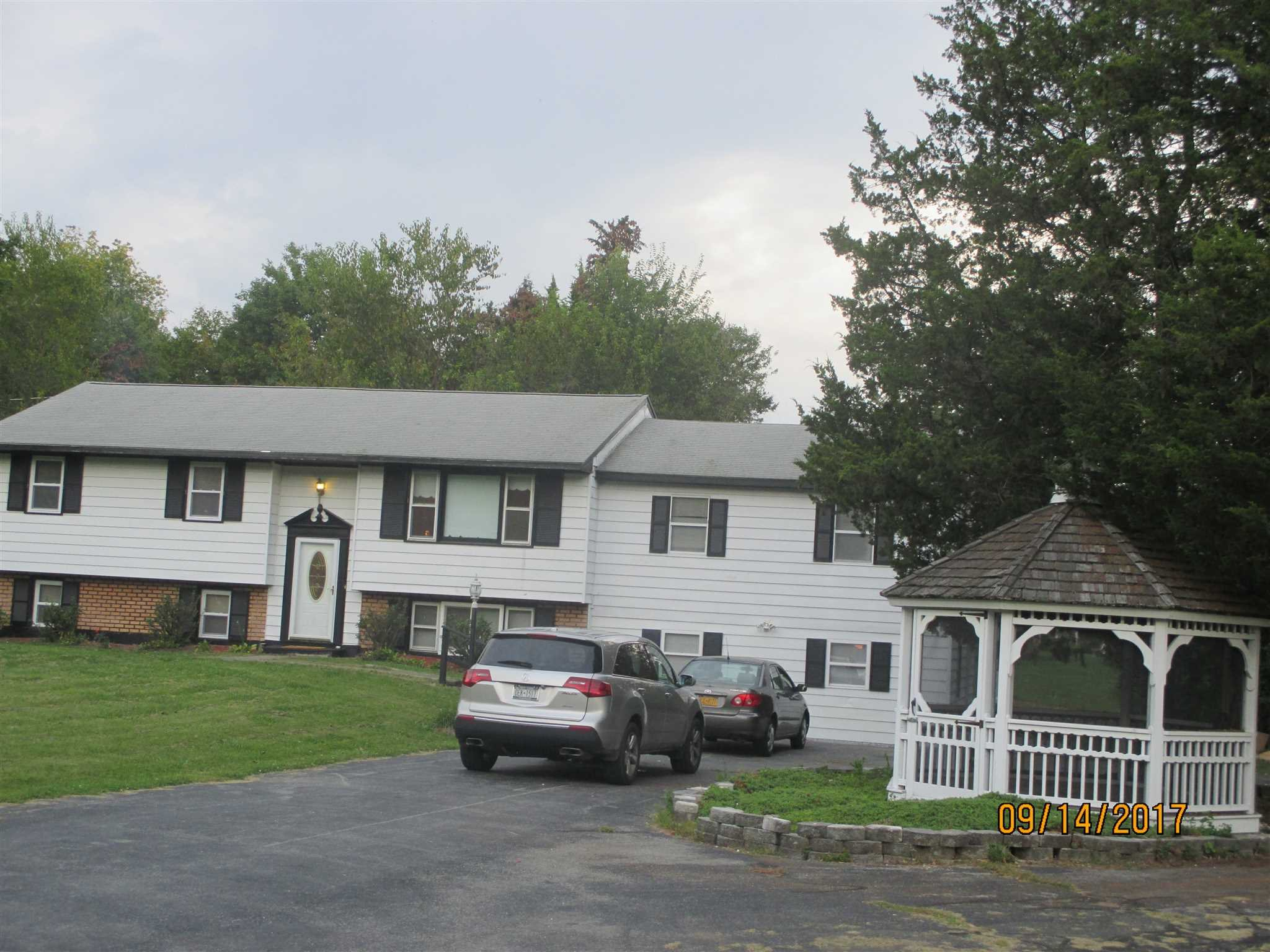 Additional photo for property listing at 36 PINE Road 36 PINE Road Hyde Park, New York 12580 United States