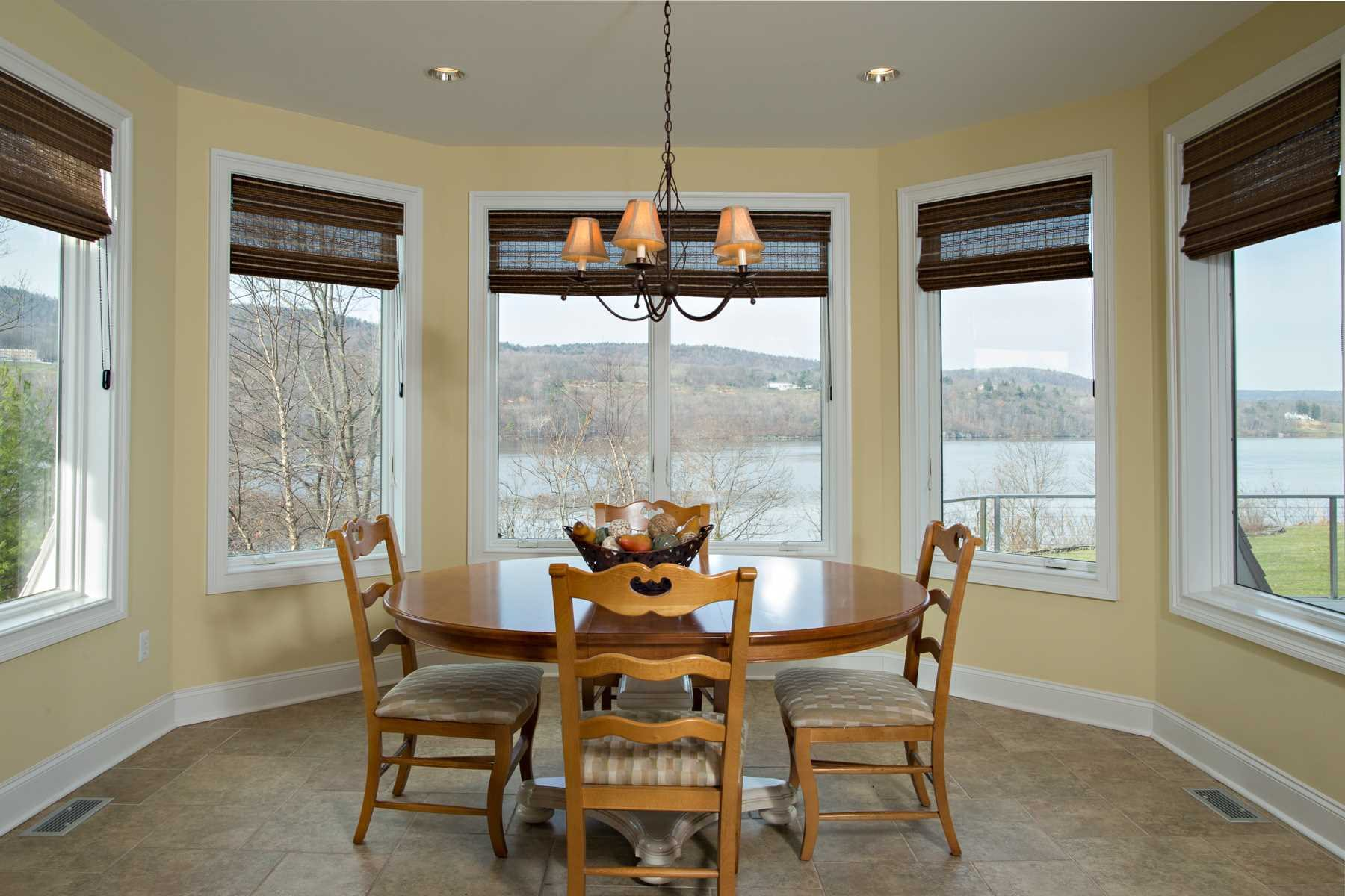 Additional photo for property listing at 130 RIVER Road 130 RIVER Road Hyde Park, New York 12538 United States