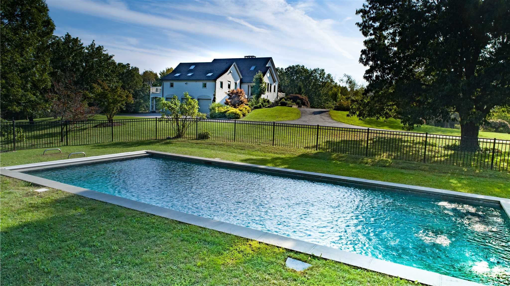 Single Family Home for Sale at 7 QUAKER RIDGE ROAD 7 QUAKER RIDGE ROAD Sherman, Connecticut 06784 United States