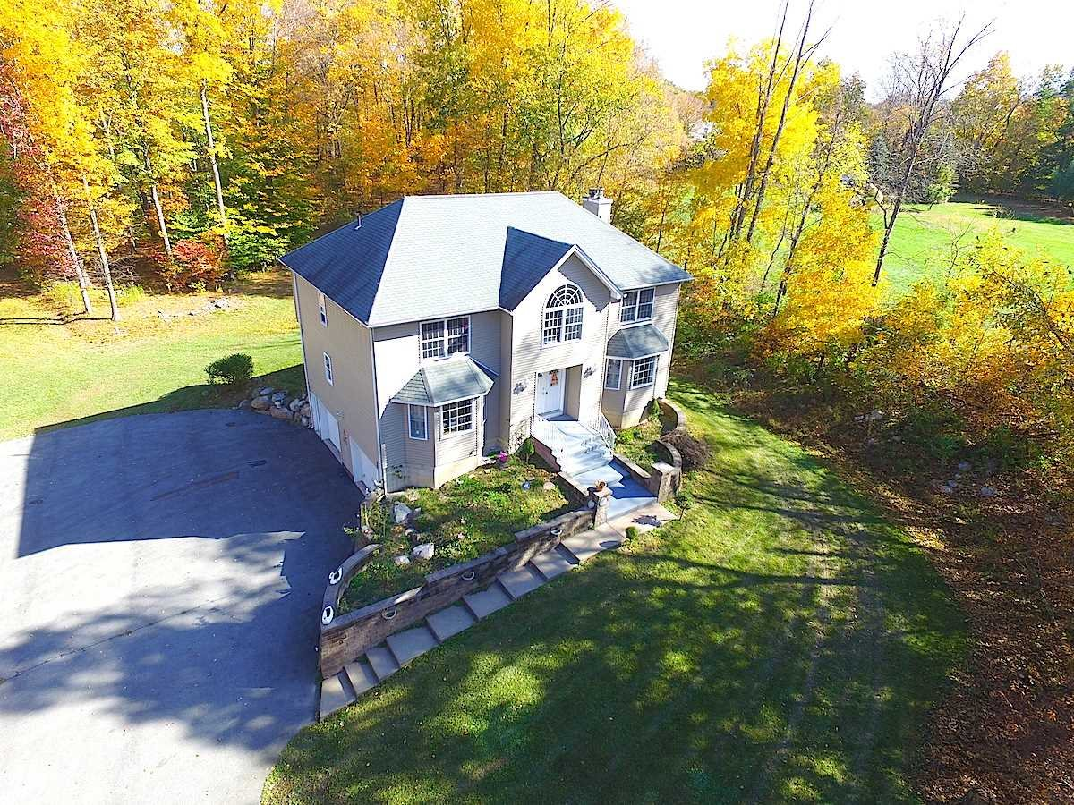 Single Family Home for Sale at 258 ROUTE 17K 258 ROUTE 17K Wallkill, New York 12721 United States