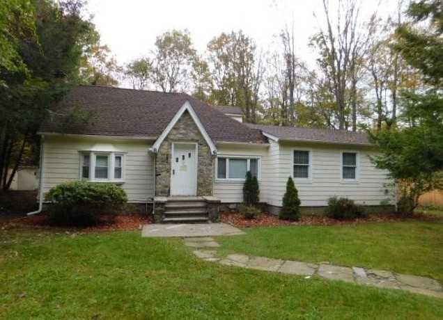 Single Family Home for Sale at 52 SOUTH Road 52 SOUTH Road Pawling, New York 12531 United States