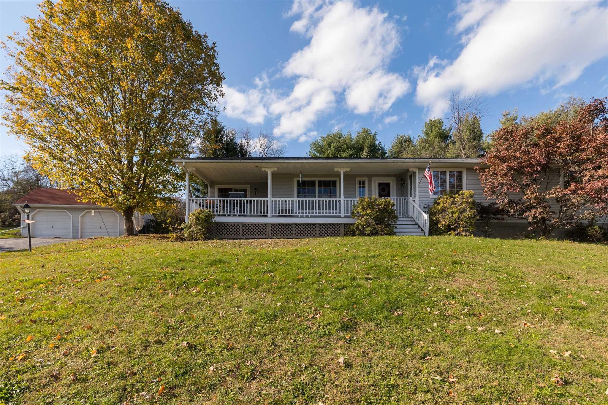 Additional photo for property listing at 4 CLOVER WAY 4 CLOVER WAY Pleasant Valley, New York 12569 United States