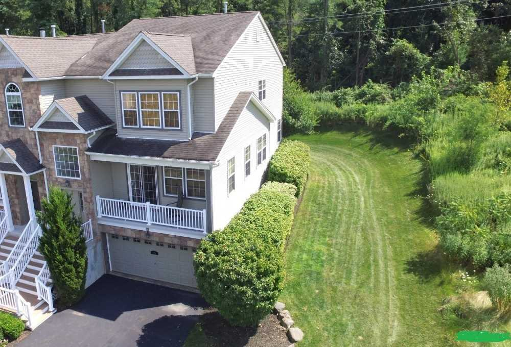 Single Family Home for Sale at 75 RIVER Drive 75 RIVER Drive Fishkill, New York 12508 United States