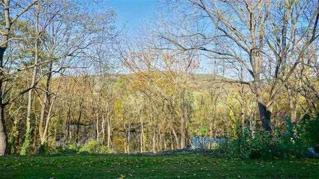 Additional photo for property listing at 476 OLD ROUTE 209 476 OLD ROUTE 209 Hurley, New York 12443 United States