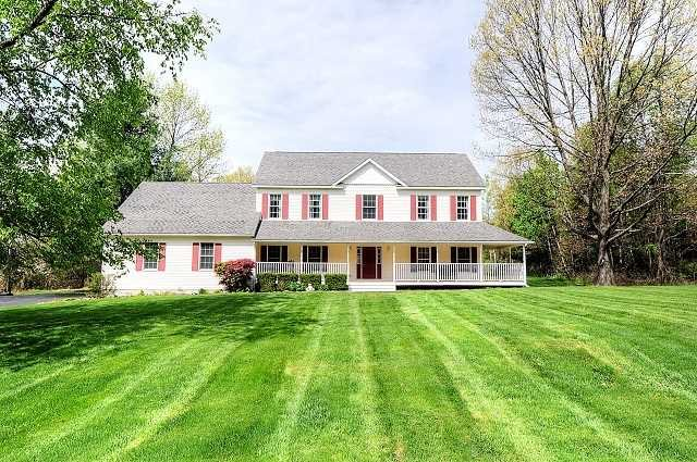 Single Family Home for Sale at 140 DEER RUN 140 DEER RUN Red Hook, New York 12571 United States