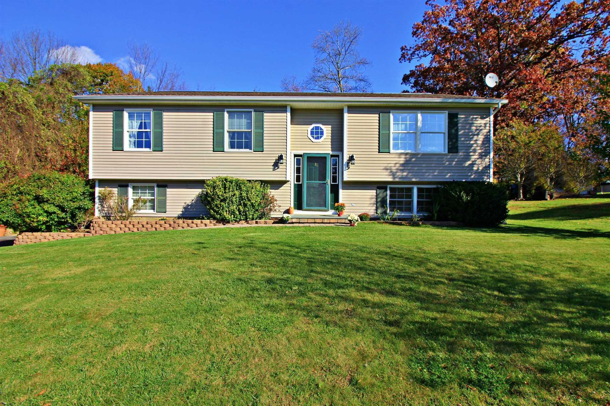 Single Family Home for Sale at 26 WHITE OAK Circle 26 WHITE OAK Circle Dover Plains, New York 12594 United States