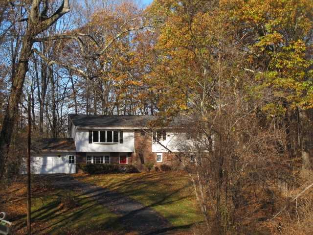 Single Family Home for Sale at 23 HILL & HOLLOW DRIVE 23 HILL & HOLLOW DRIVE Hyde Park, New York 12538 United States