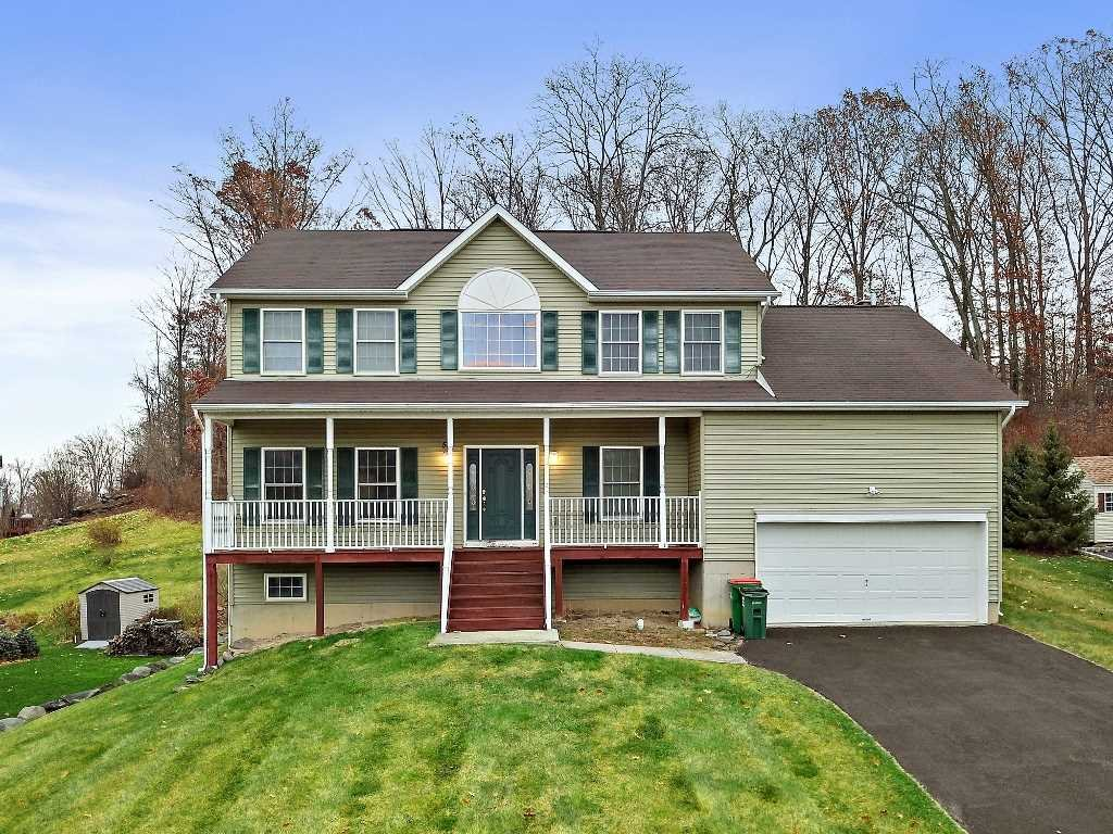Single Family Home for Sale at 57 RED MAPLE 57 RED MAPLE New Windsor, New York 12553 United States