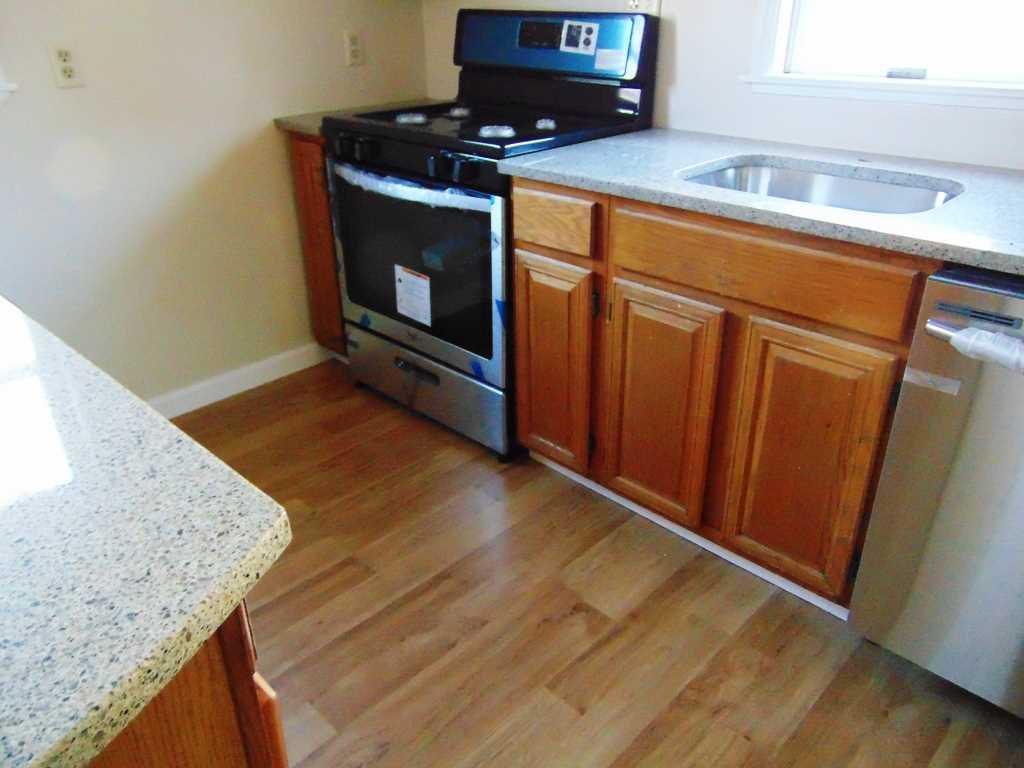 Additional photo for property listing at 68 GLENWOOD Avenue 68 GLENWOOD Avenue Poughkeepsie, New York 12603 United States