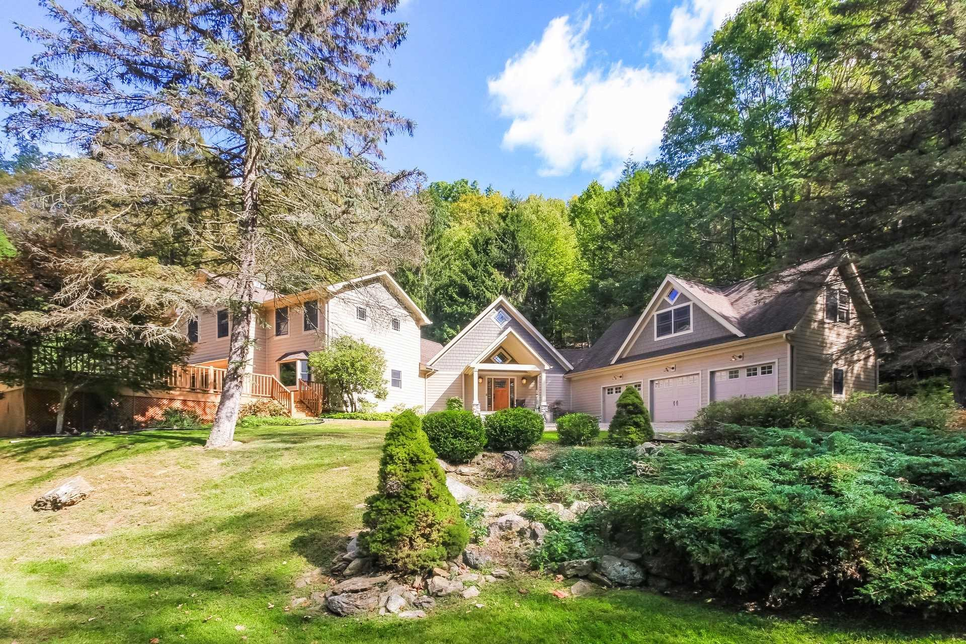 Single Family Home for Sale at 18 DALEY Drive 18 DALEY Drive Pawling, New York 12531 United States