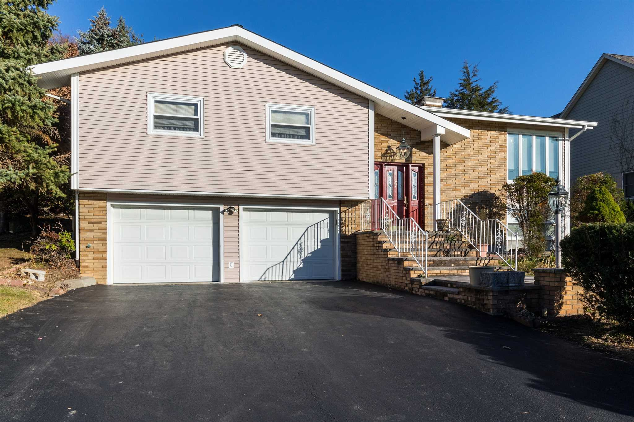 Single Family Home for Sale at 17 WILLIAM Street 17 WILLIAM Street Fishkill, New York 12524 United States