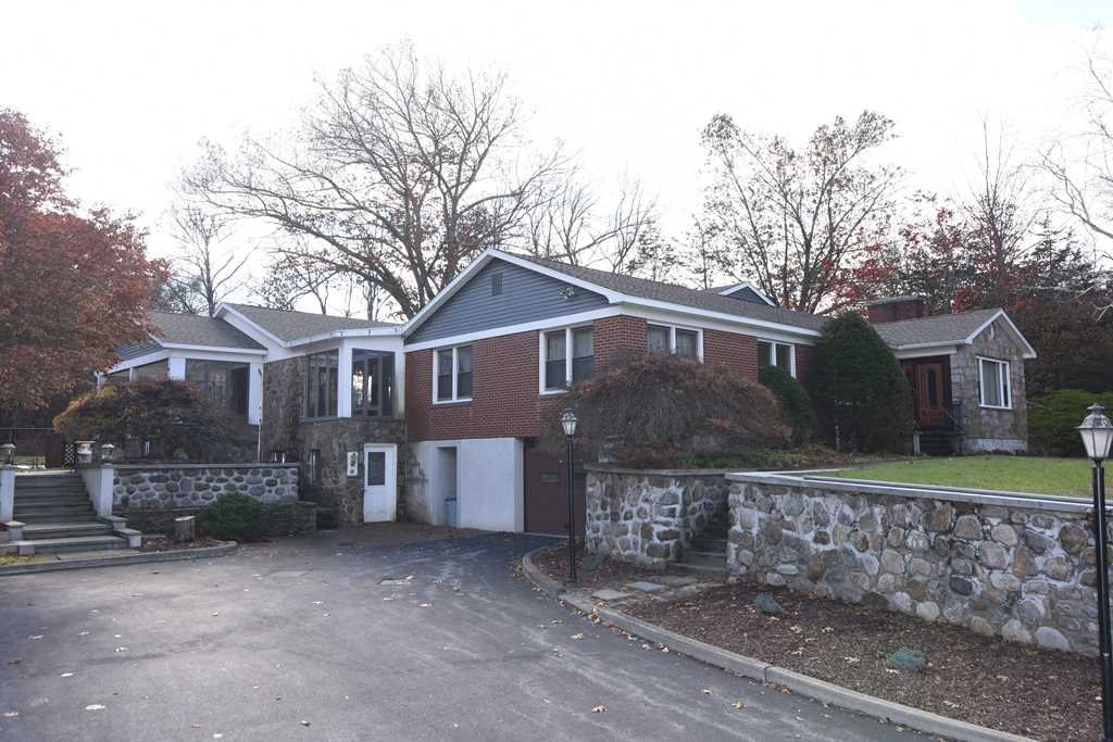 Single Family Home for Sale at 10 ANDERSON Road 10 ANDERSON Road Dover Plains, New York 12522 United States