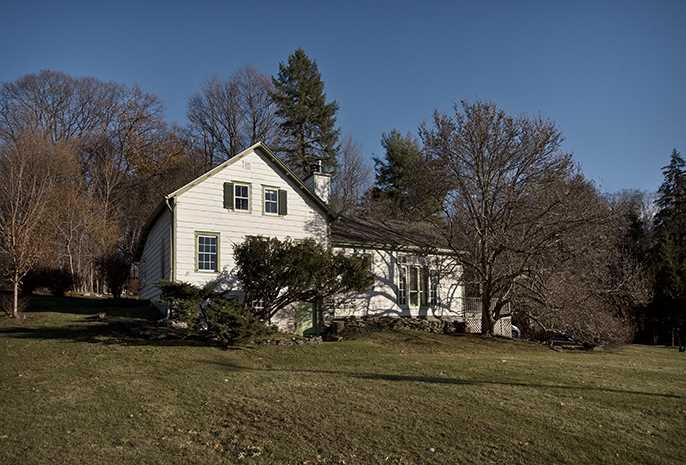 Single Family Home for Sale at 1098 RIVER ROAD 1098 RIVER ROAD Red Hook, New York 12507 United States