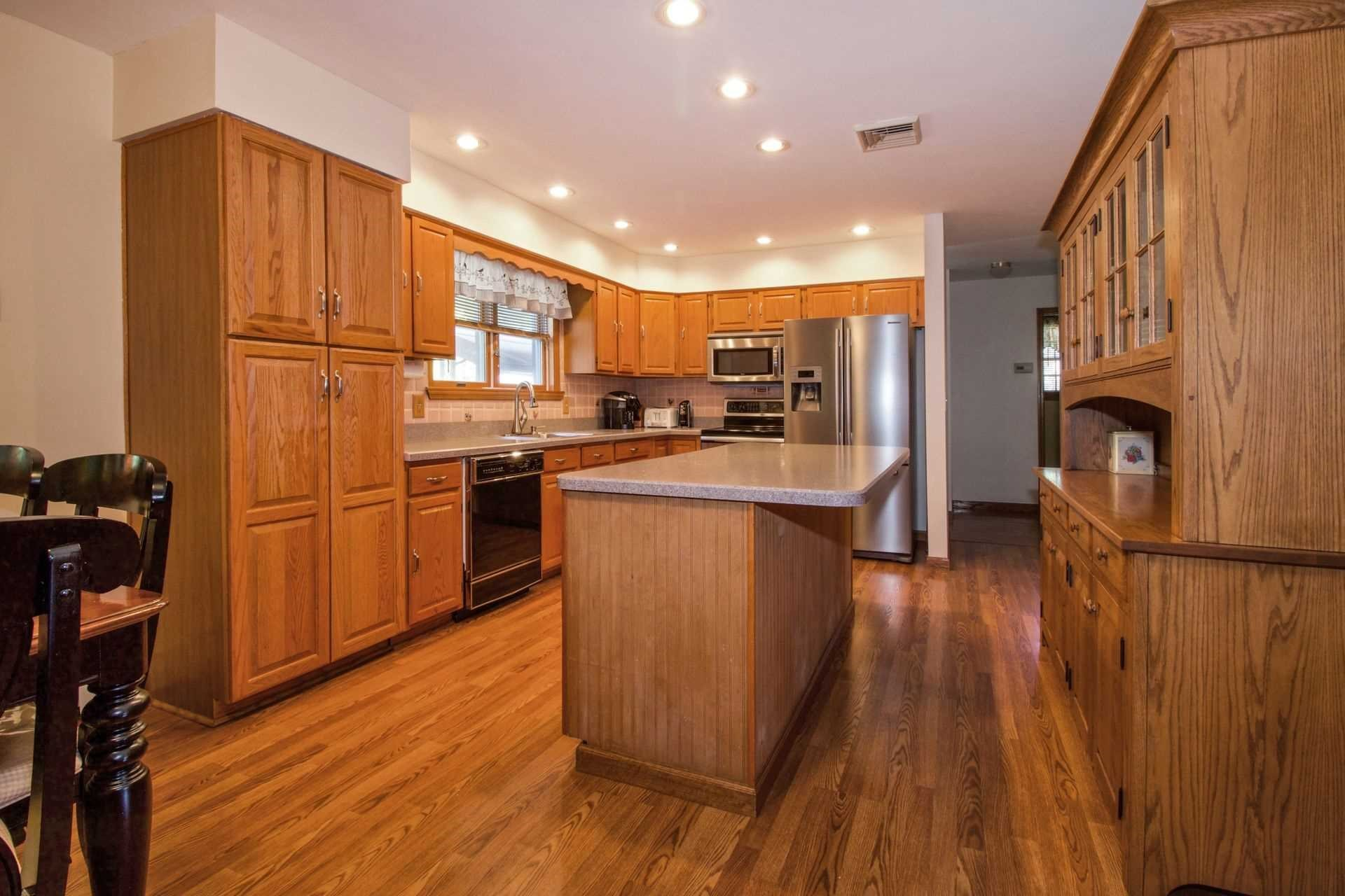 Additional photo for property listing at 1 RED OAK Lane 1 RED OAK Lane Fishkill, New York 12524 United States