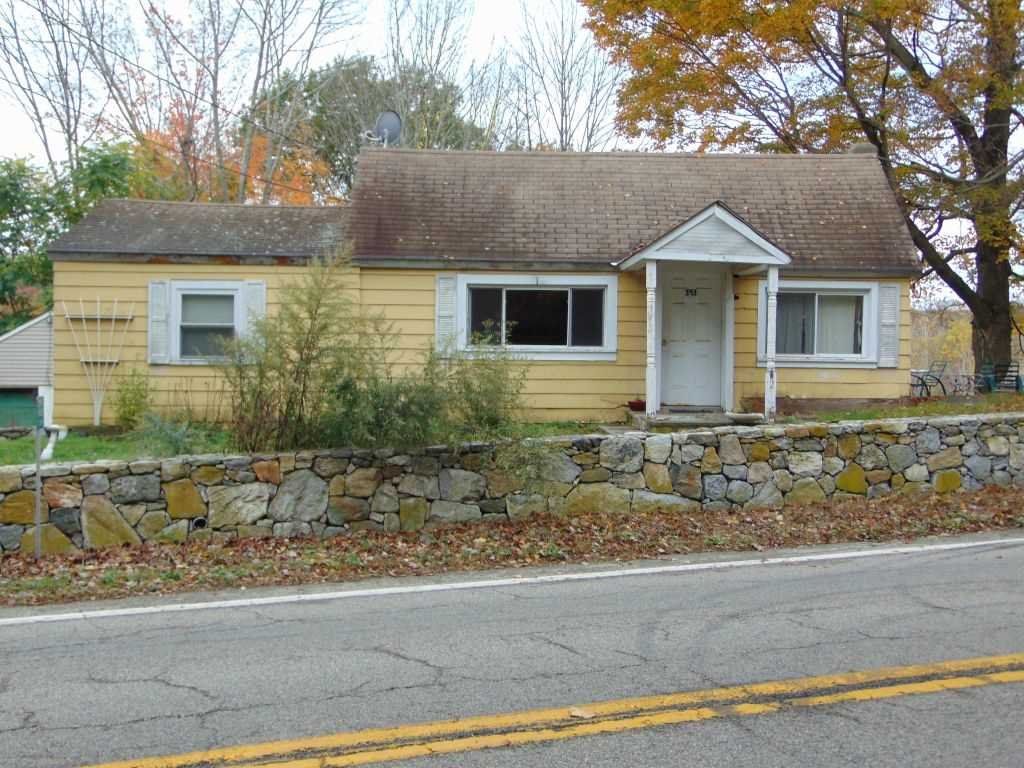 Single Family Home for Sale at 593 ROUTE 292 593 ROUTE 292 Pawling, New York 12531 United States